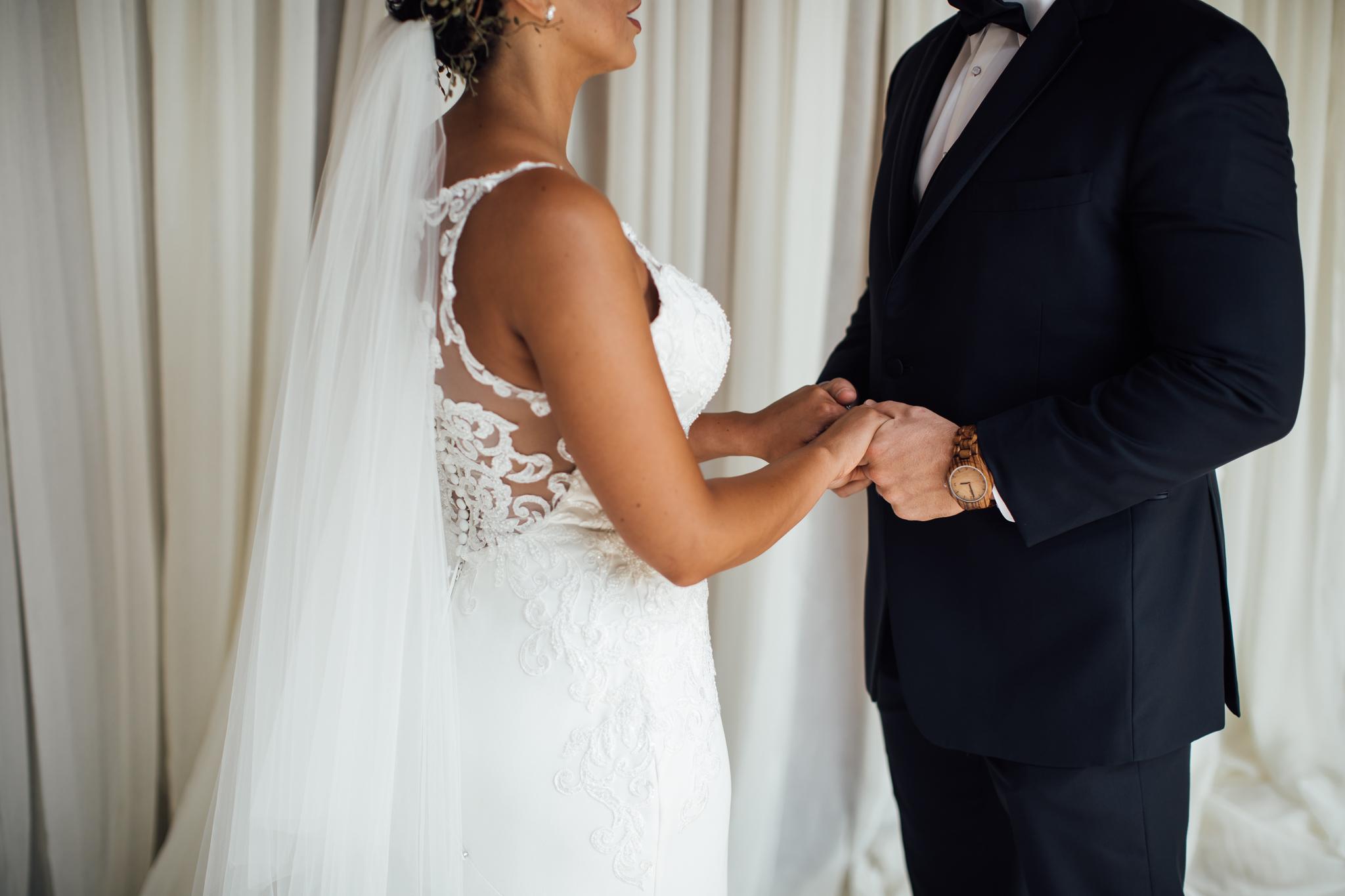 thewarmtharoundyou-murfreesboro-wedding-photographer-saddlewoodsfarms (153 of 121).jpg