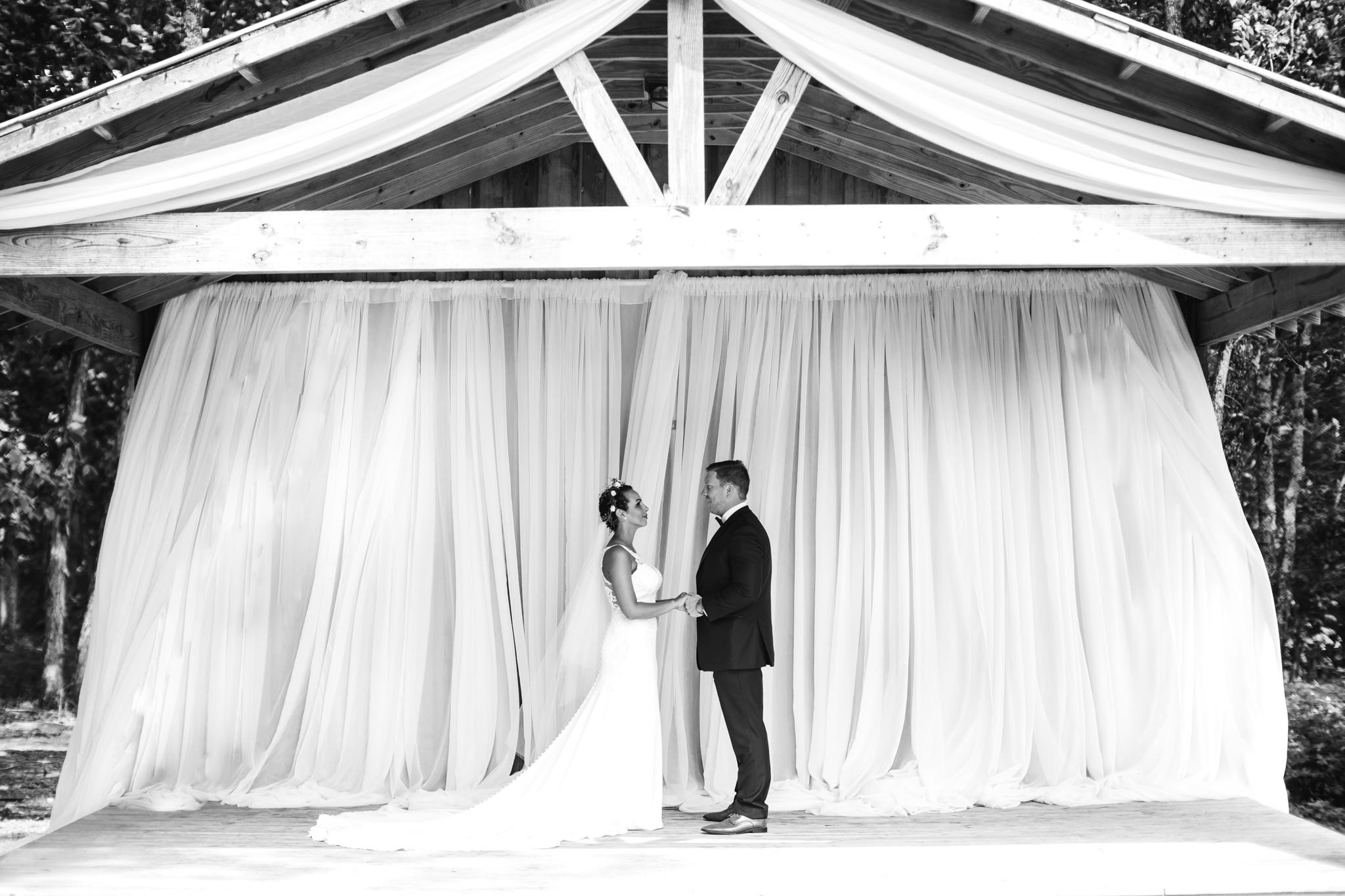 thewarmtharoundyou-murfreesboro-wedding-photographer-saddlewoodsfarms (155 of 121).jpg