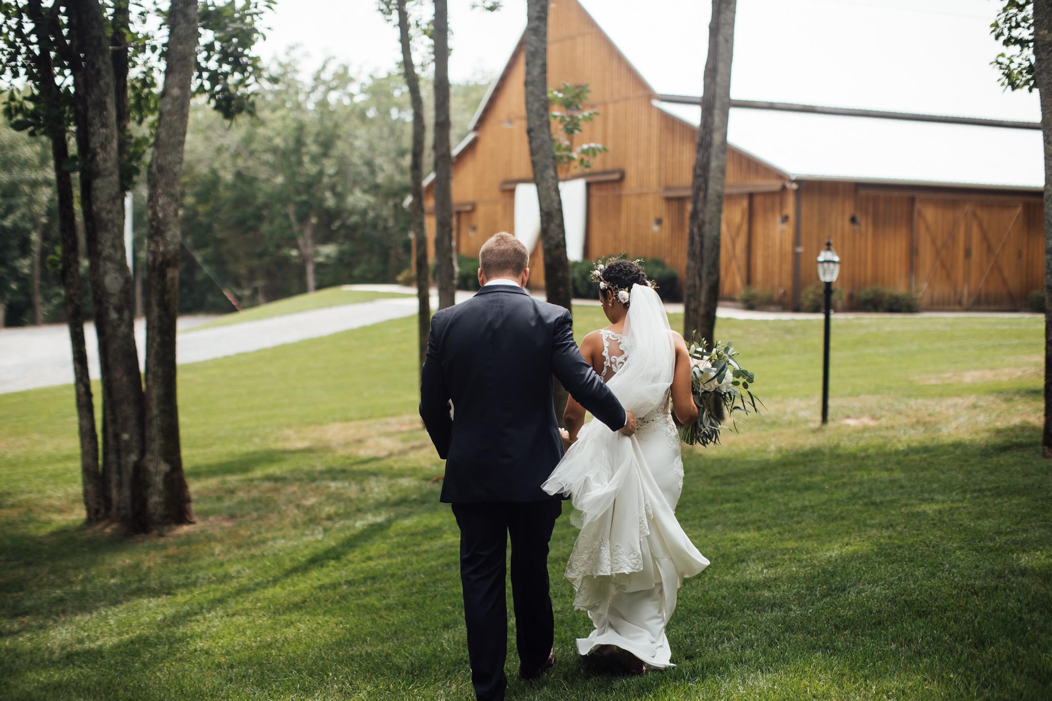 thewarmtharoundyou-murfreesboro-wedding-photographer-saddlewoodsfarms (162 of 121).jpg