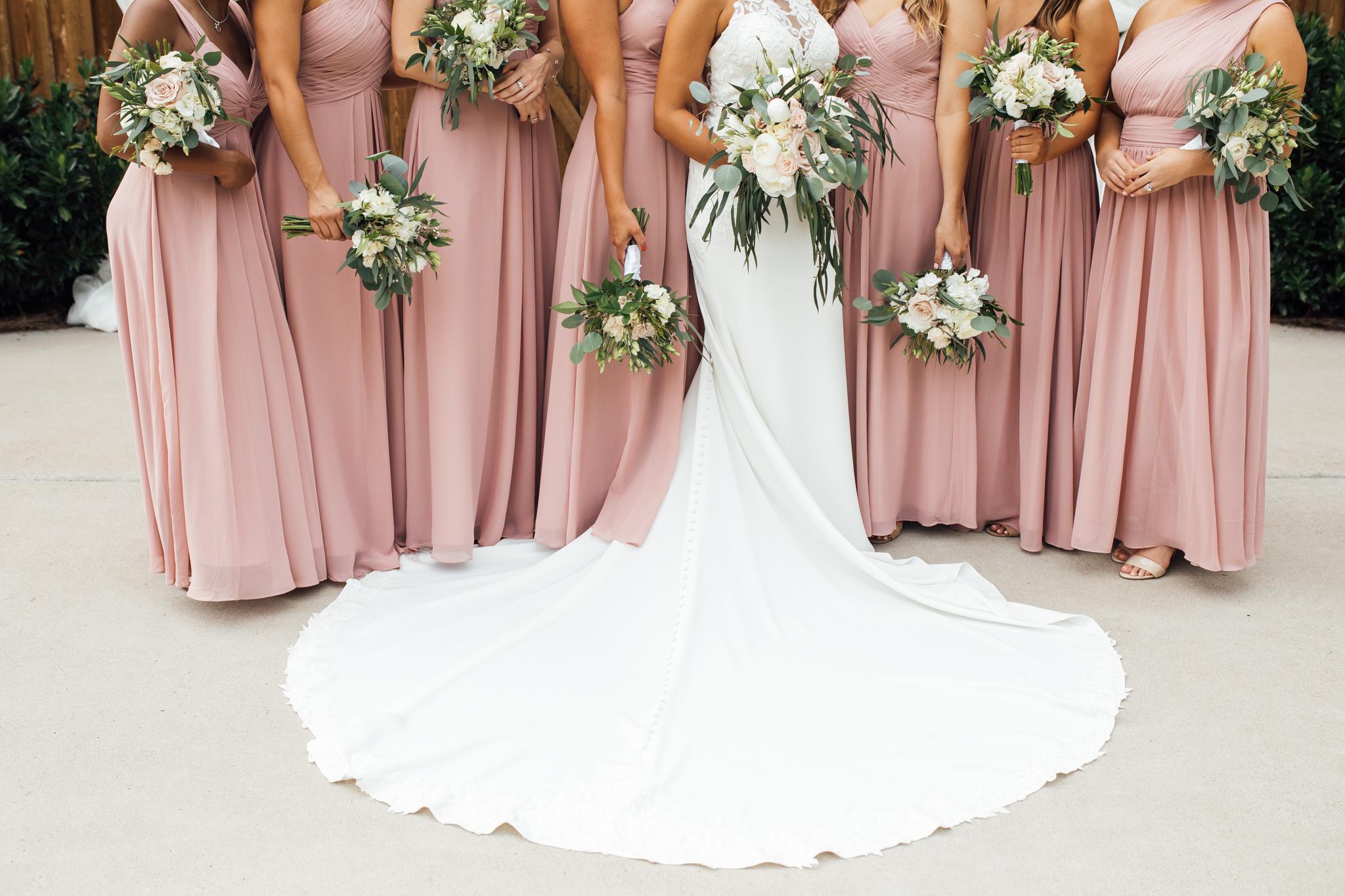 thewarmtharoundyou-murfreesboro-wedding-photographer-saddlewoodsfarms (229 of 121).jpg