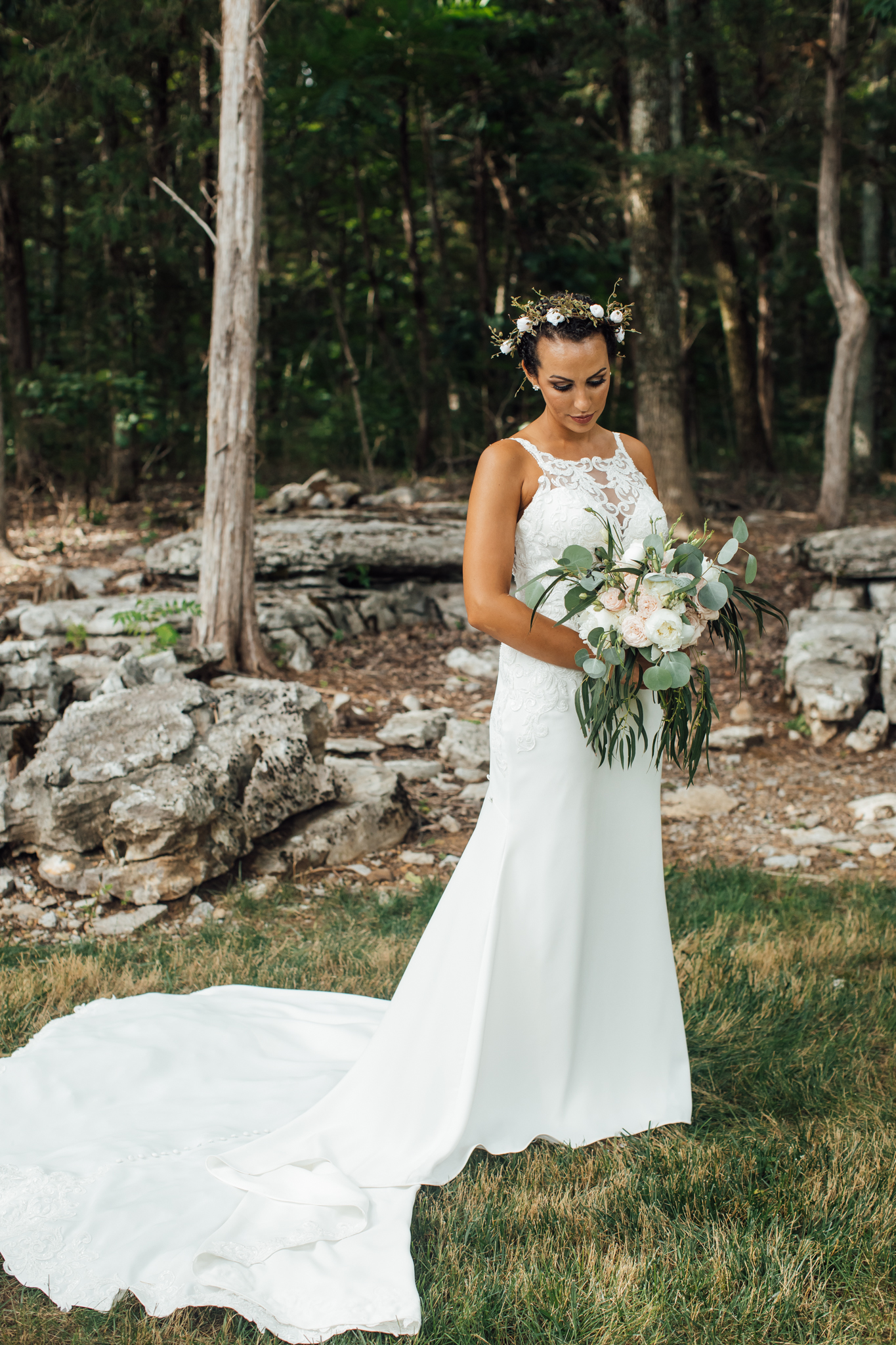thewarmtharoundyou-murfreesboro-wedding-photographer-saddlewoodsfarms (242 of 121).jpg