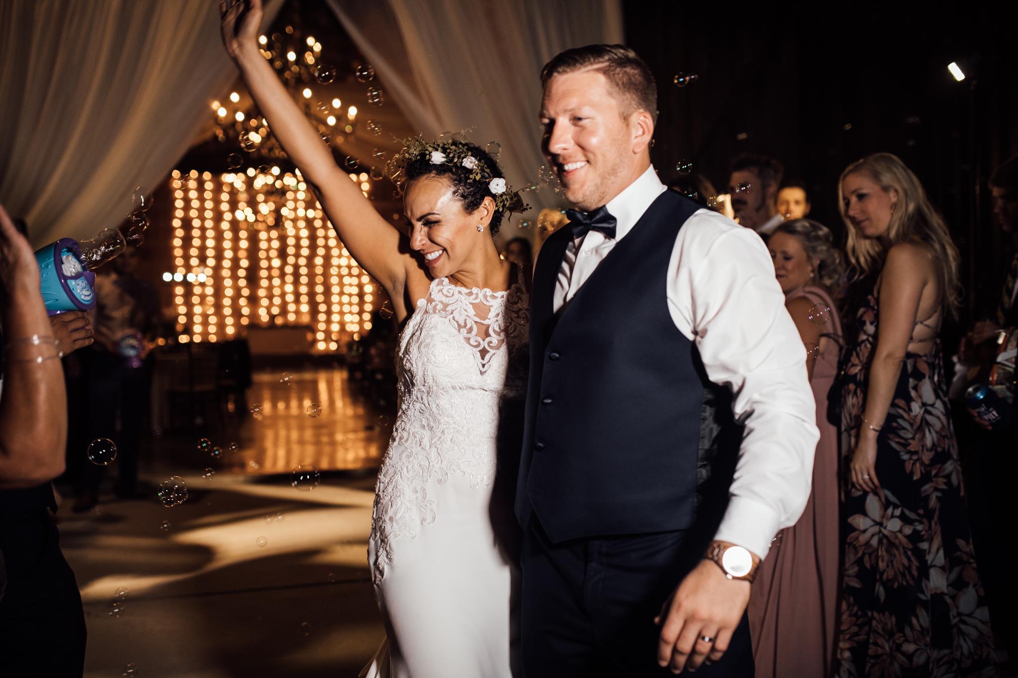 thewarmtharoundyou-murfreesboro-wedding-photographer-saddlewoodsfarms (321 of 59).jpg