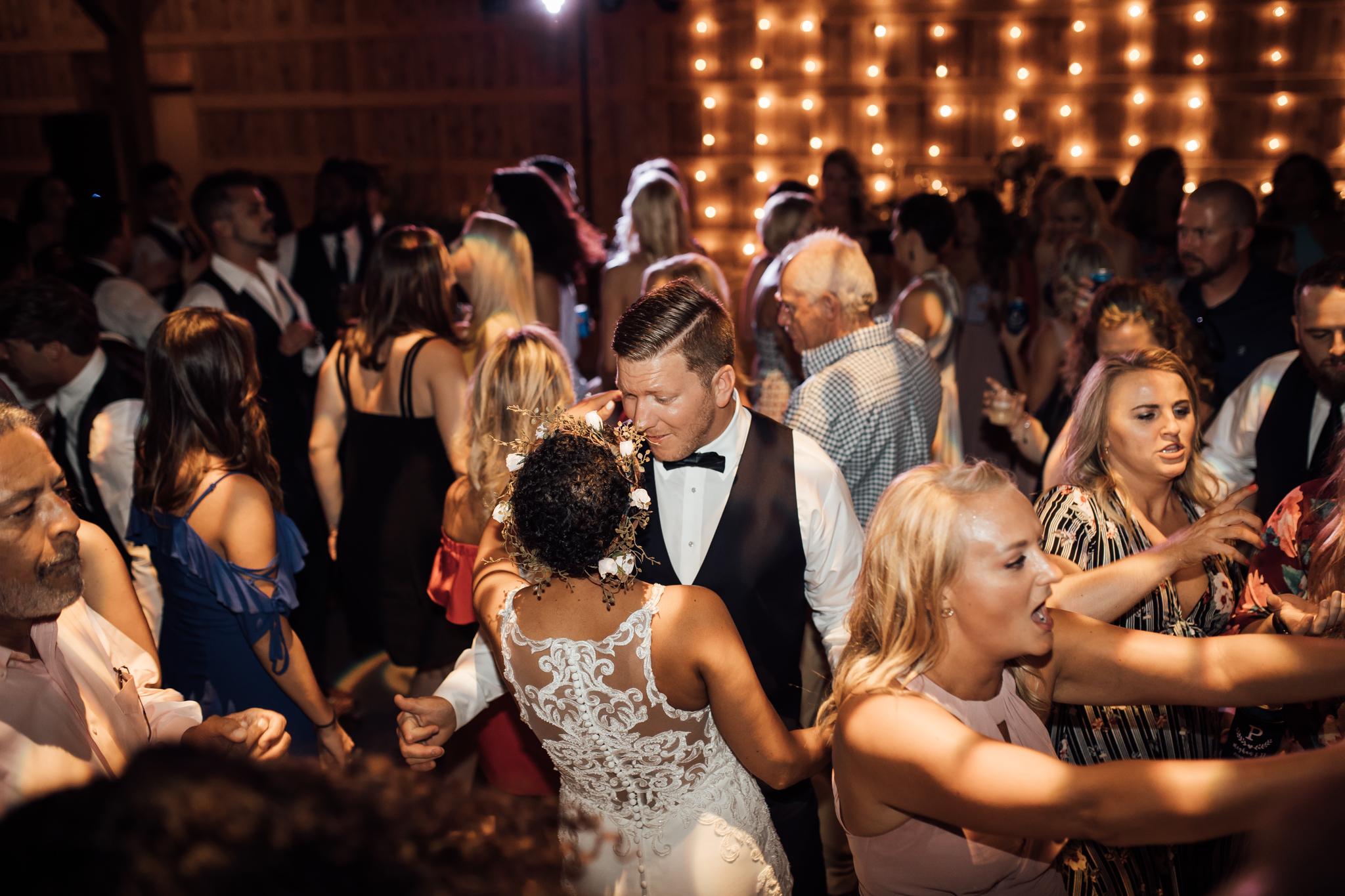 thewarmtharoundyou-murfreesboro-wedding-photographer-saddlewoodsfarms (267 of 59).jpg