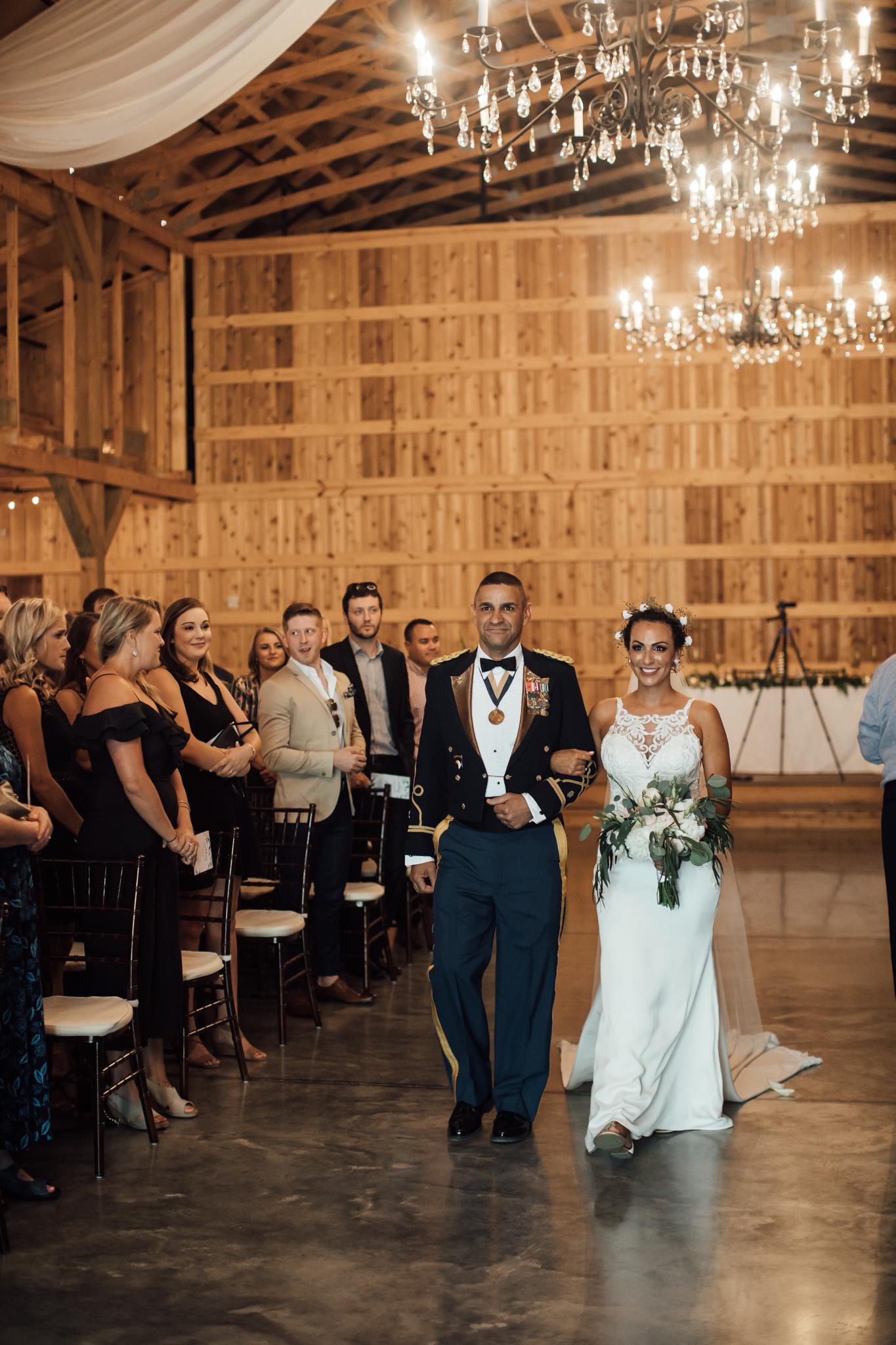 saddlewoodsfarms-nashville-wedding-photographer-thewarmtharoundyou-rustic-wedding (14 of 251).jpg