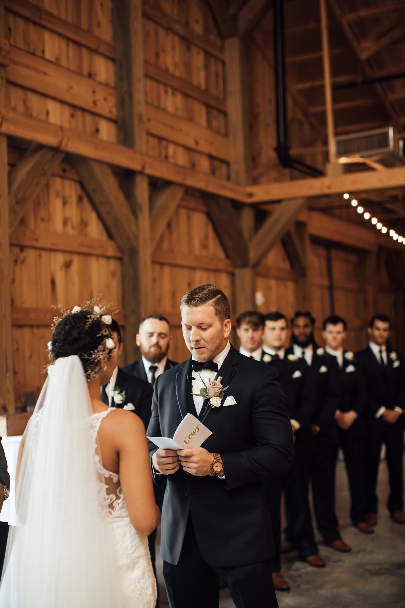 saddlewoodsfarms-nashville-wedding-photographer-thewarmtharoundyou-rustic-wedding (31 of 251).jpg
