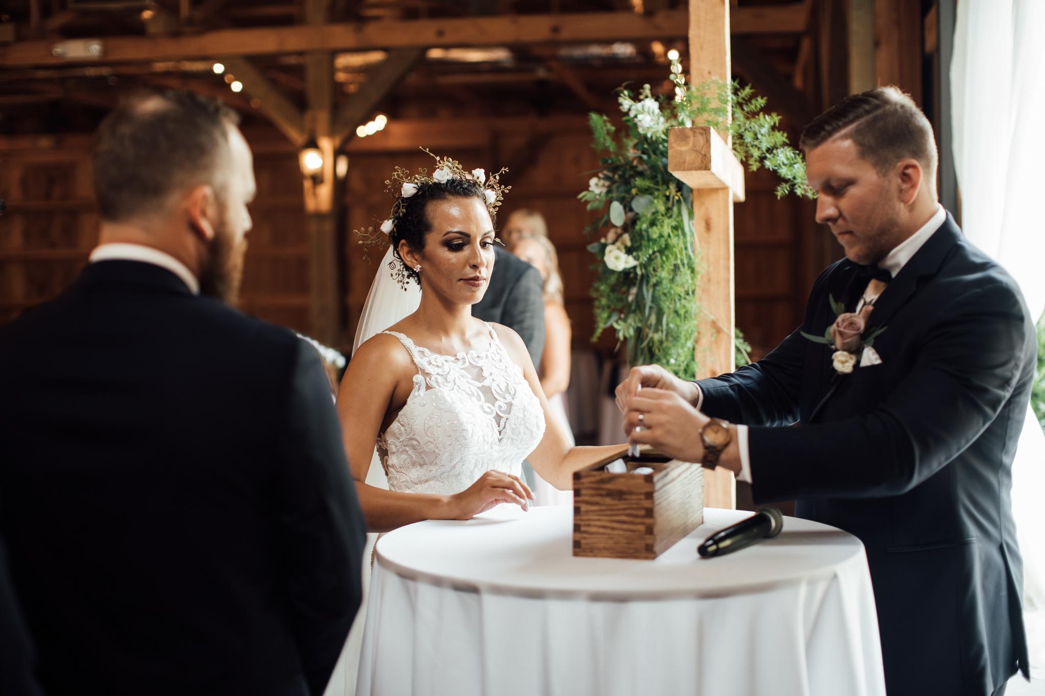 saddlewoodsfarms-nashville-wedding-photographer-thewarmtharoundyou-rustic-wedding (37 of 251).jpg