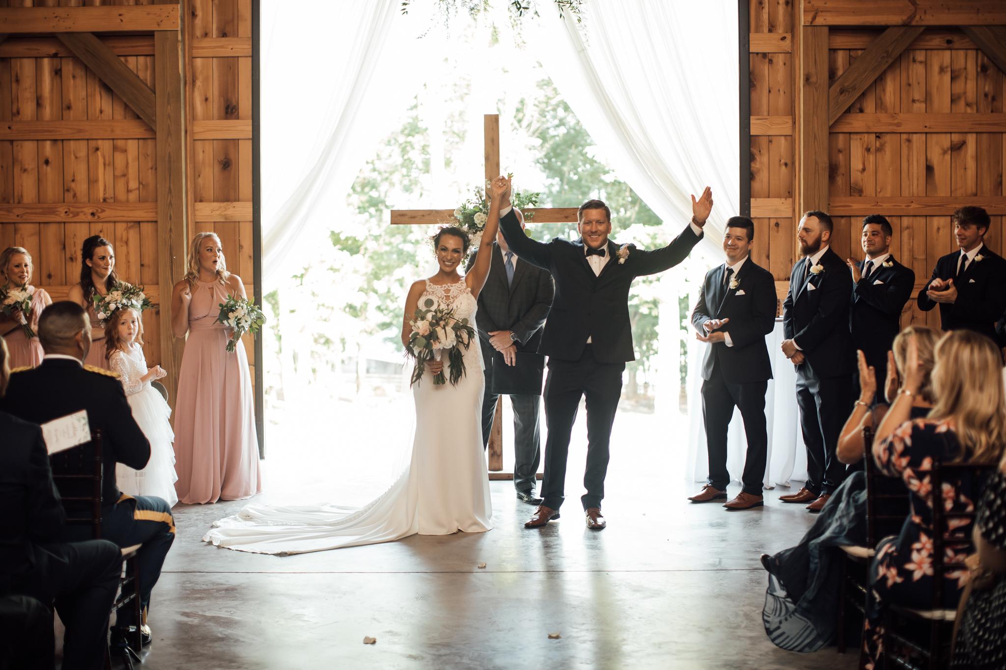 saddlewoodsfarms-nashville-wedding-photographer-thewarmtharoundyou-rustic-wedding (42 of 251).jpg