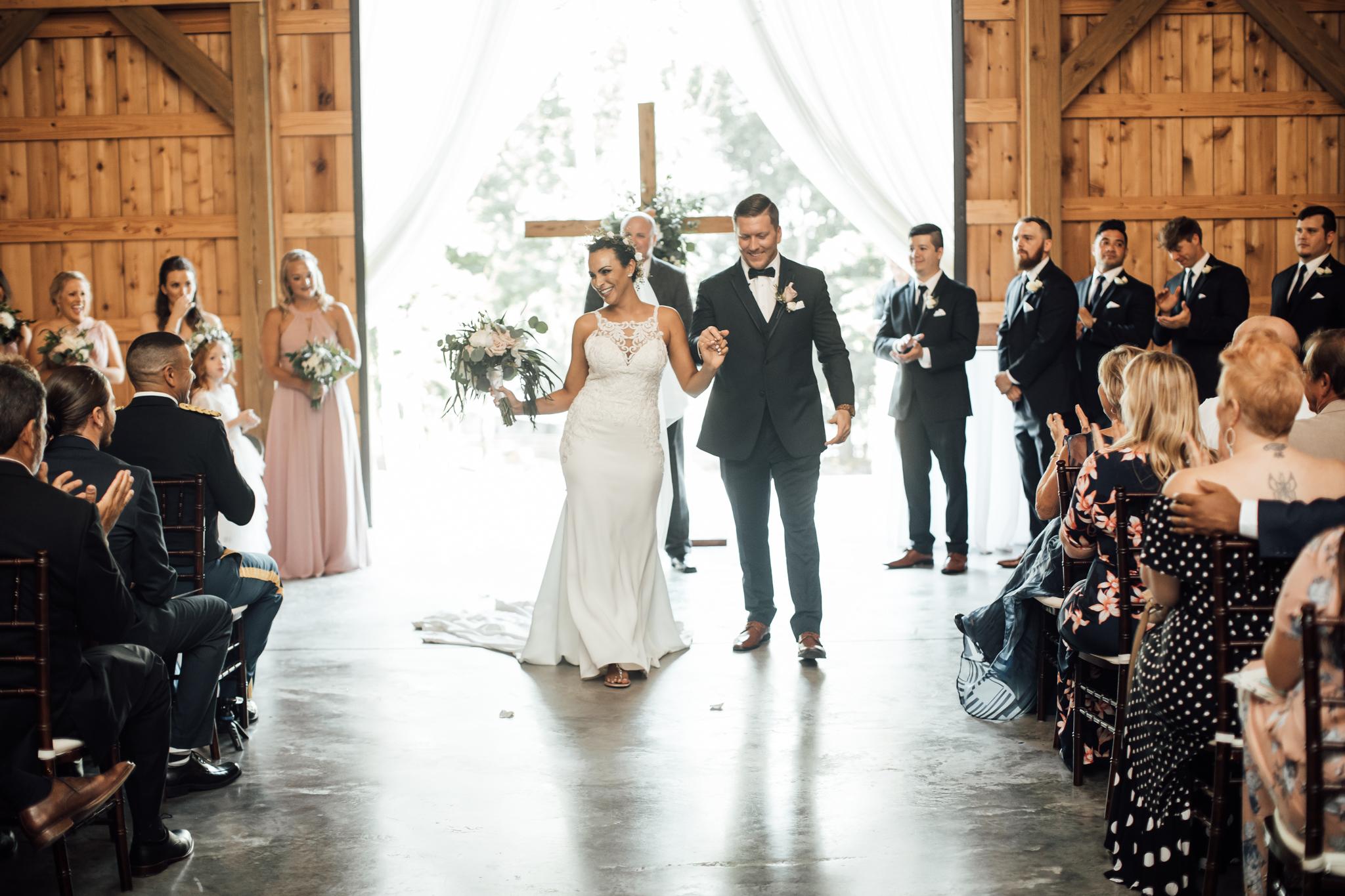 saddlewoodsfarms-nashville-wedding-photographer-thewarmtharoundyou-rustic-wedding (43 of 251).jpg