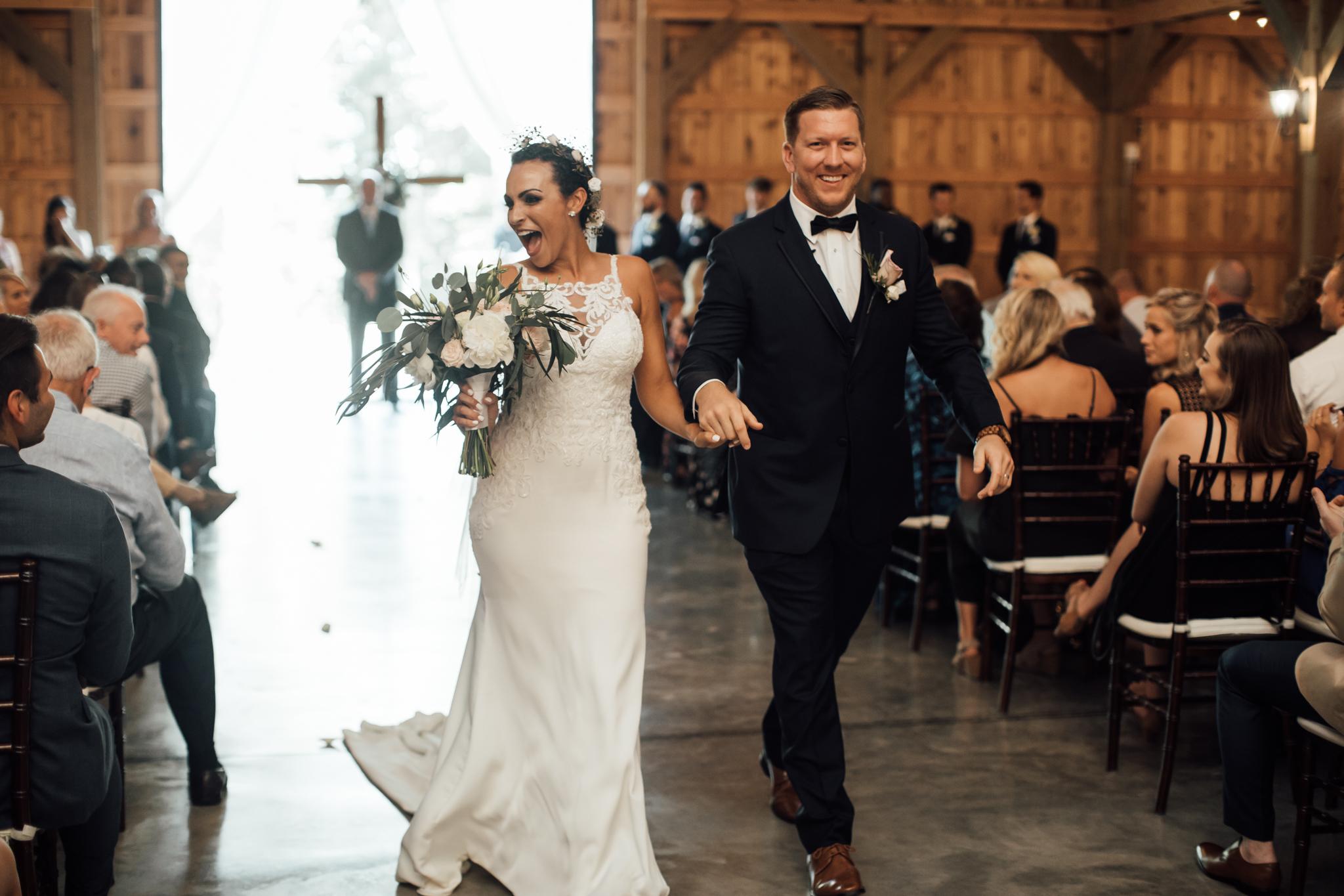 saddlewoodsfarms-nashville-wedding-photographer-thewarmtharoundyou-rustic-wedding (45 of 251).jpg