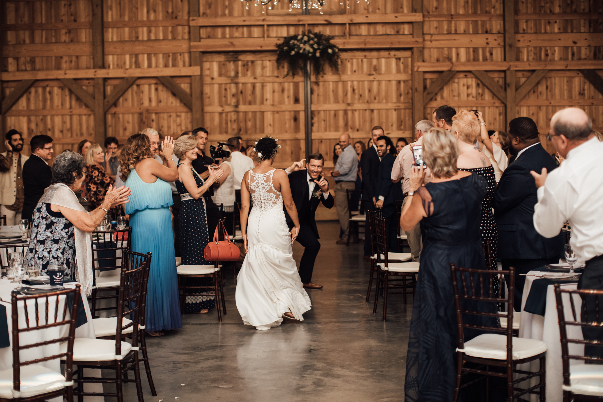 saddlewoodsfarms-nashville-wedding-photographer-thewarmtharoundyou-rustic-wedding (50 of 251).jpg