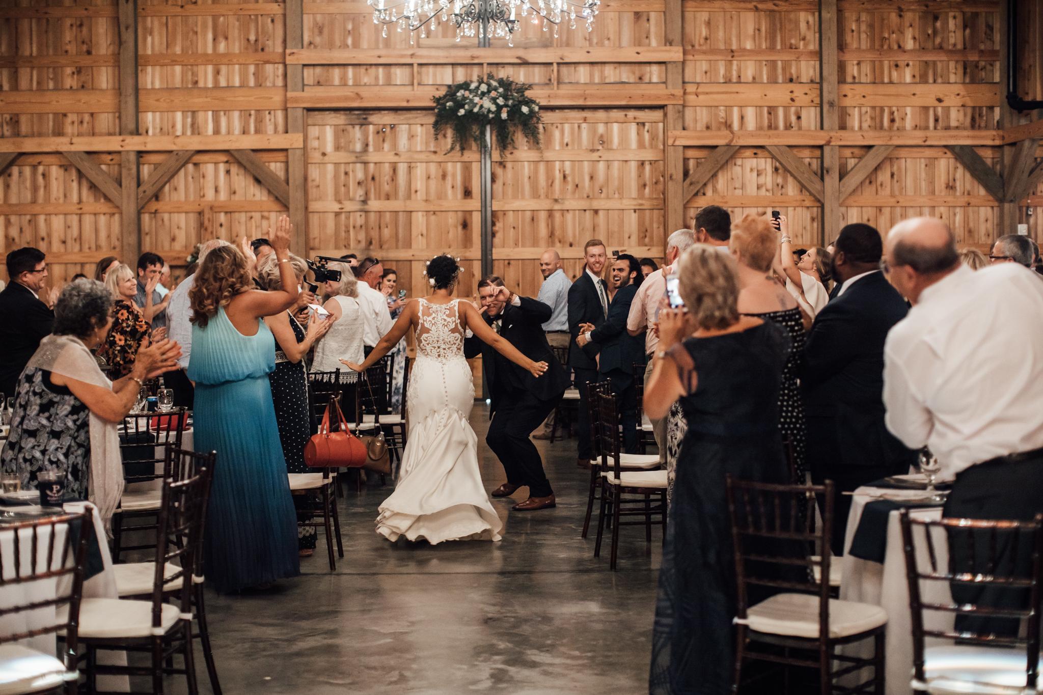 saddlewoodsfarms-nashville-wedding-photographer-thewarmtharoundyou-rustic-wedding (49 of 251).jpg