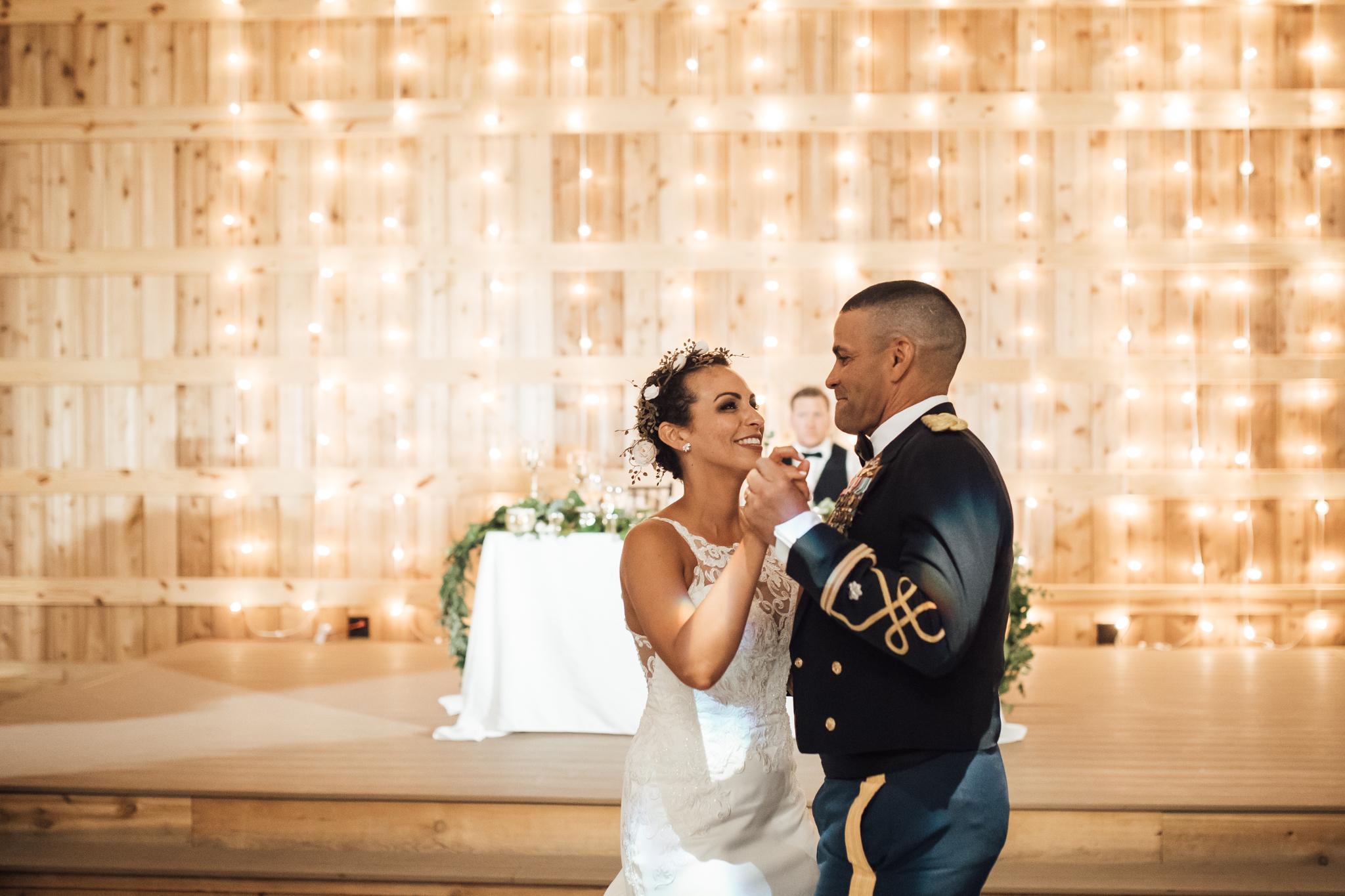 saddlewoodsfarms-nashville-wedding-photographer-thewarmtharoundyou-rustic-wedding (73 of 251).jpg