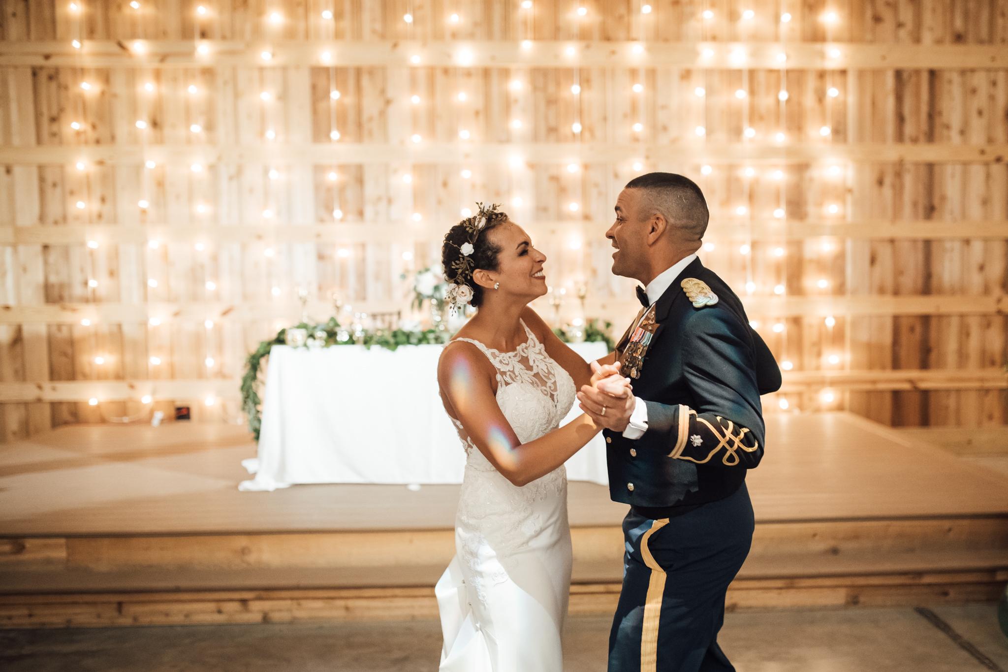 saddlewoodsfarms-nashville-wedding-photographer-thewarmtharoundyou-rustic-wedding (74 of 251).jpg