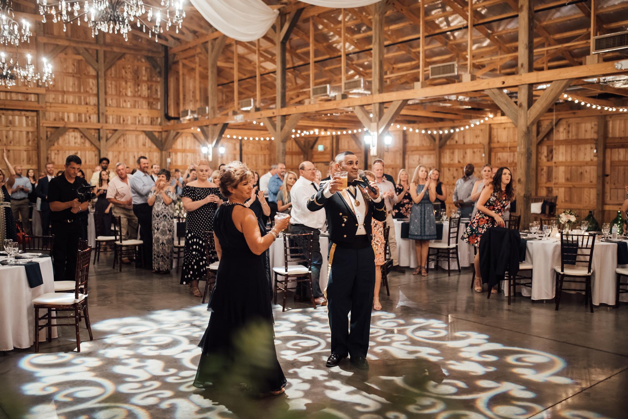 saddlewoodsfarms-nashville-wedding-photographer-thewarmtharoundyou-rustic-wedding (219 of 251).jpg