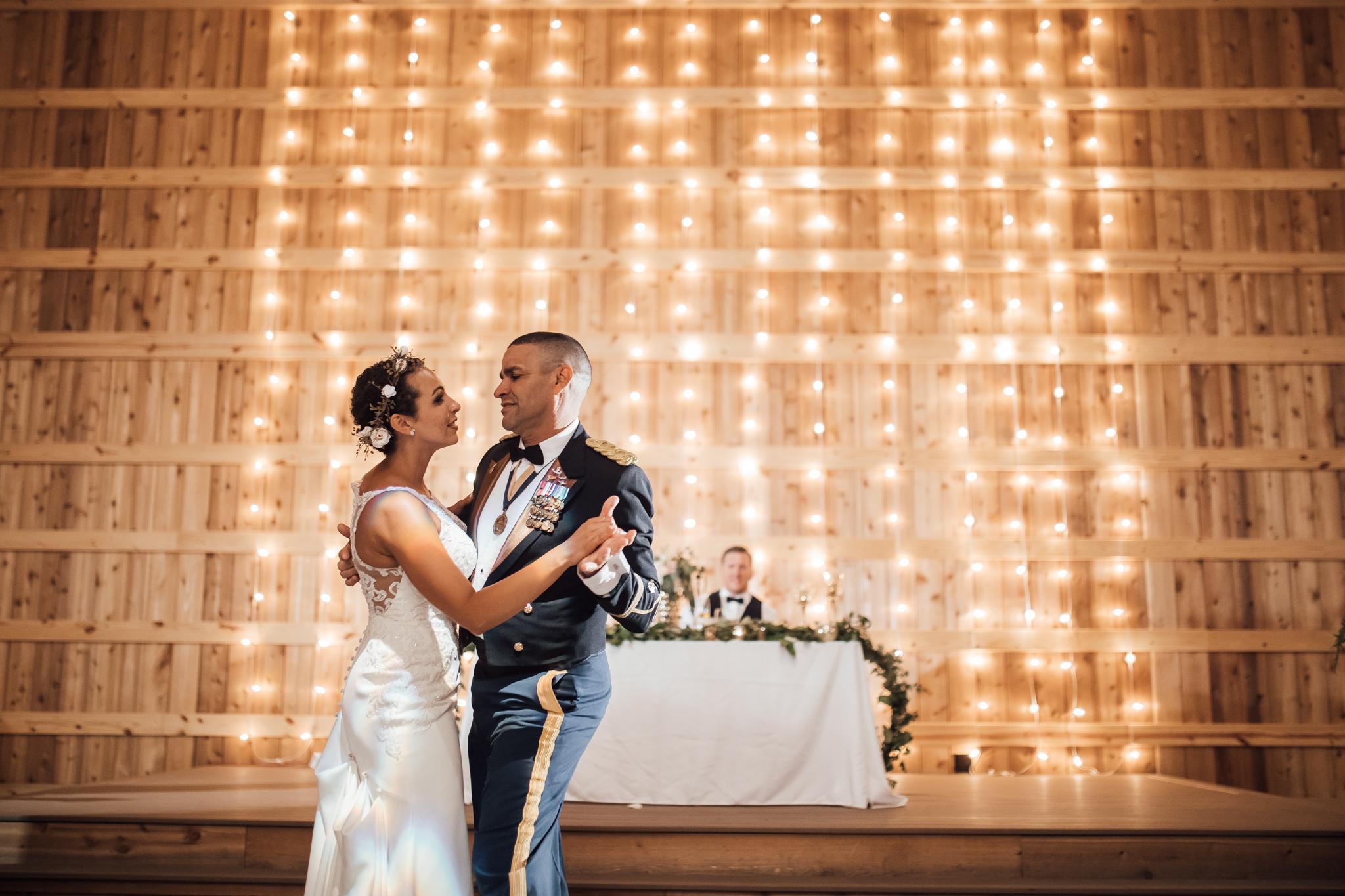 saddlewoodsfarms-nashville-wedding-photographer-thewarmtharoundyou-rustic-wedding (222 of 251).jpg
