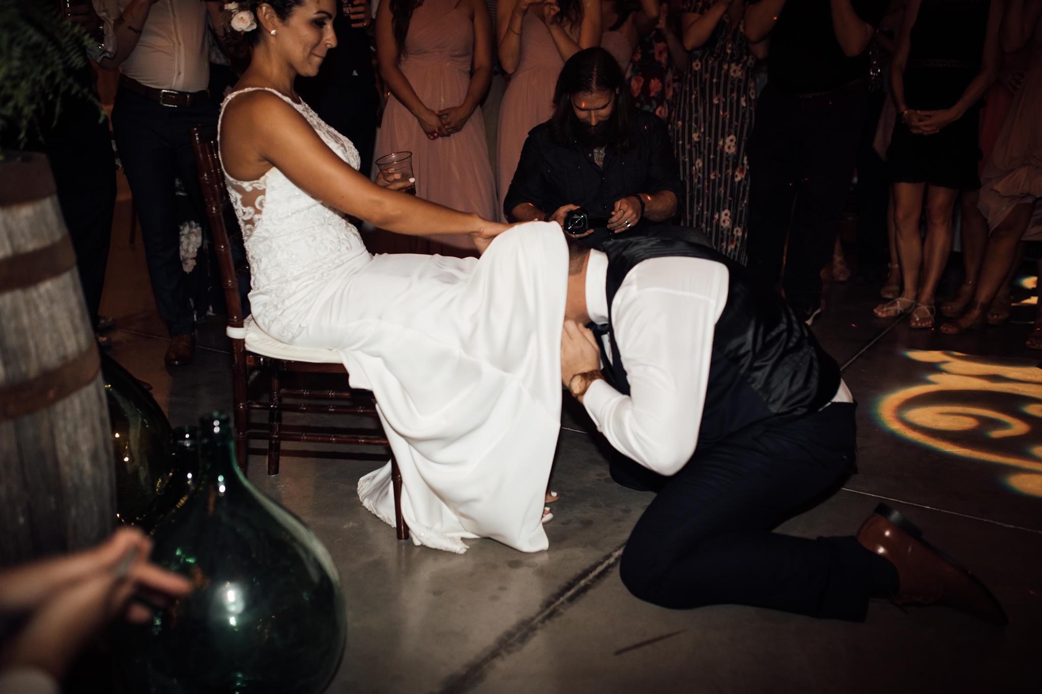 saddlewoodsfarms-nashville-wedding-photographer-thewarmtharoundyou-rustic-wedding (92 of 251).jpg