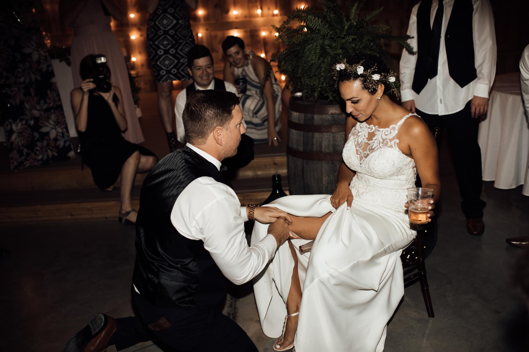 saddlewoodsfarms-nashville-wedding-photographer-thewarmtharoundyou-rustic-wedding (231 of 251).jpg