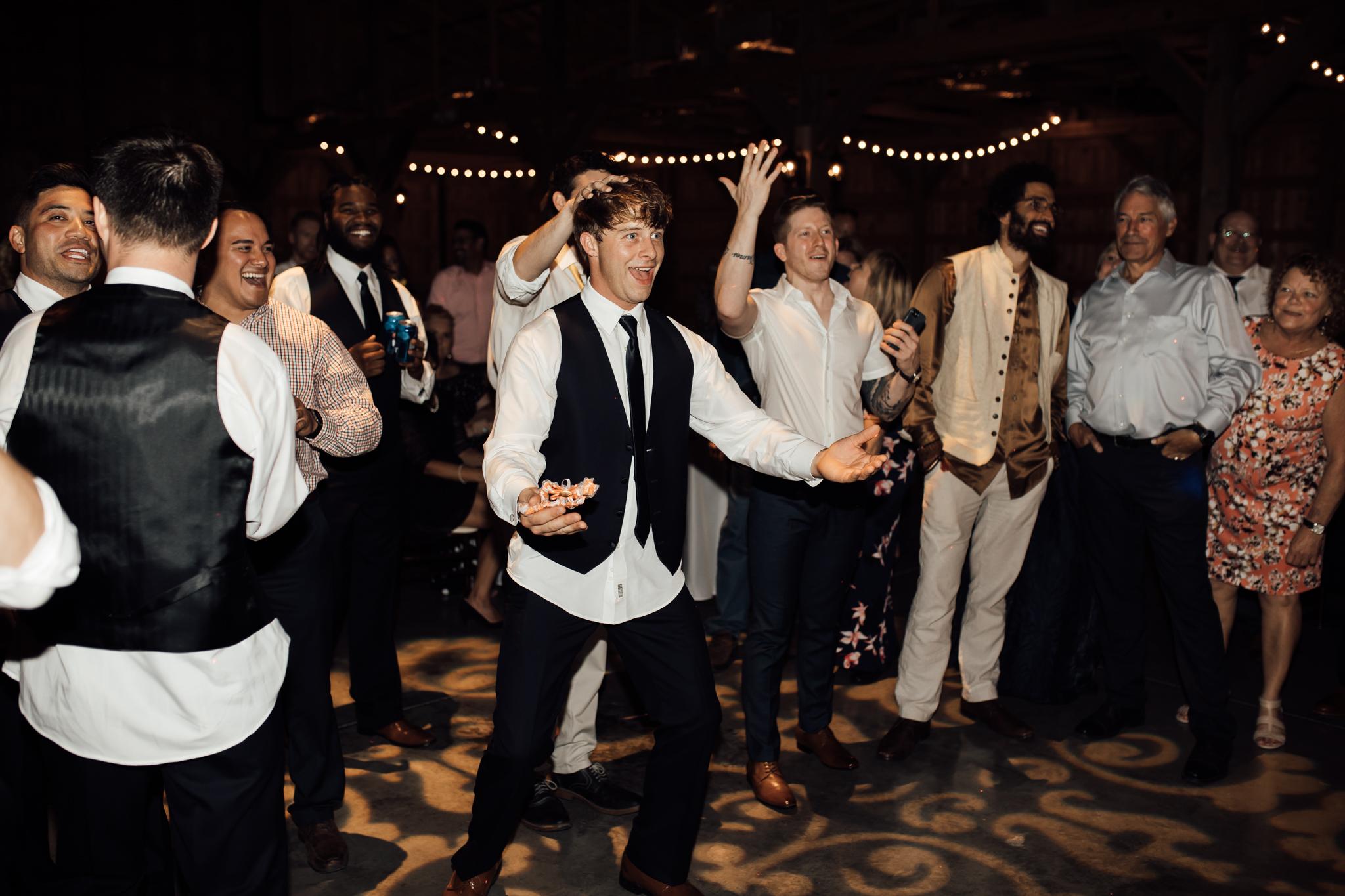 saddlewoodsfarms-nashville-wedding-photographer-thewarmtharoundyou-rustic-wedding (237 of 251).jpg