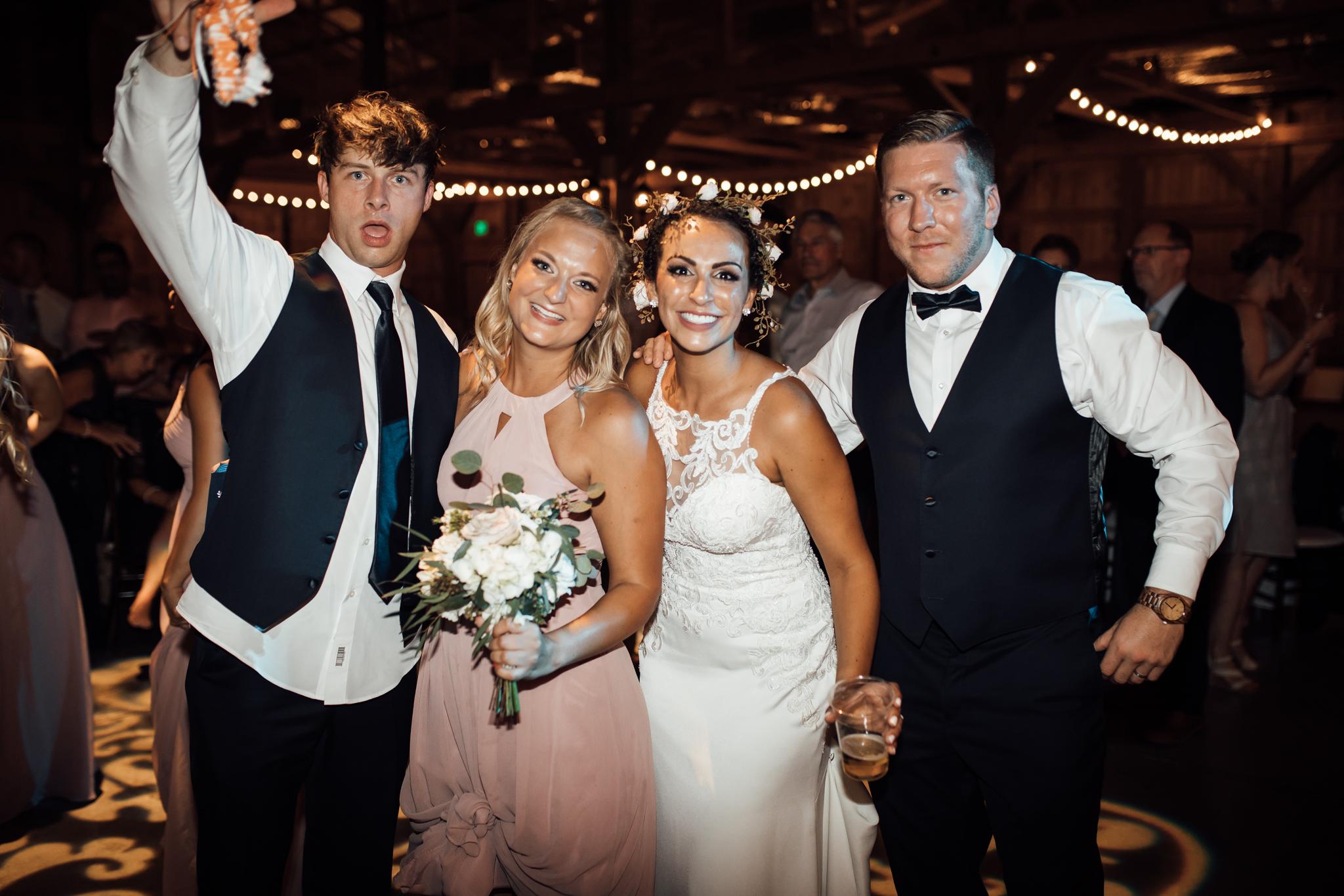 saddlewoodsfarms-nashville-wedding-photographer-thewarmtharoundyou-rustic-wedding (121 of 251).jpg