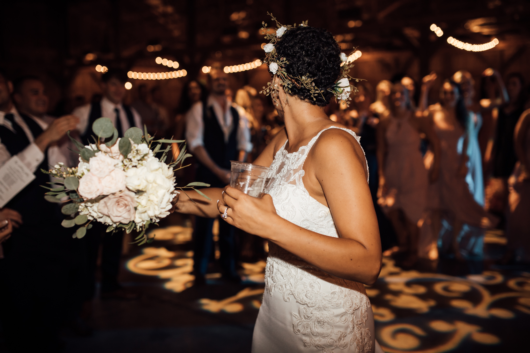 saddlewoodsfarms-nashville-wedding-photographer-thewarmtharoundyou-rustic-wedding (115 of 251).jpg