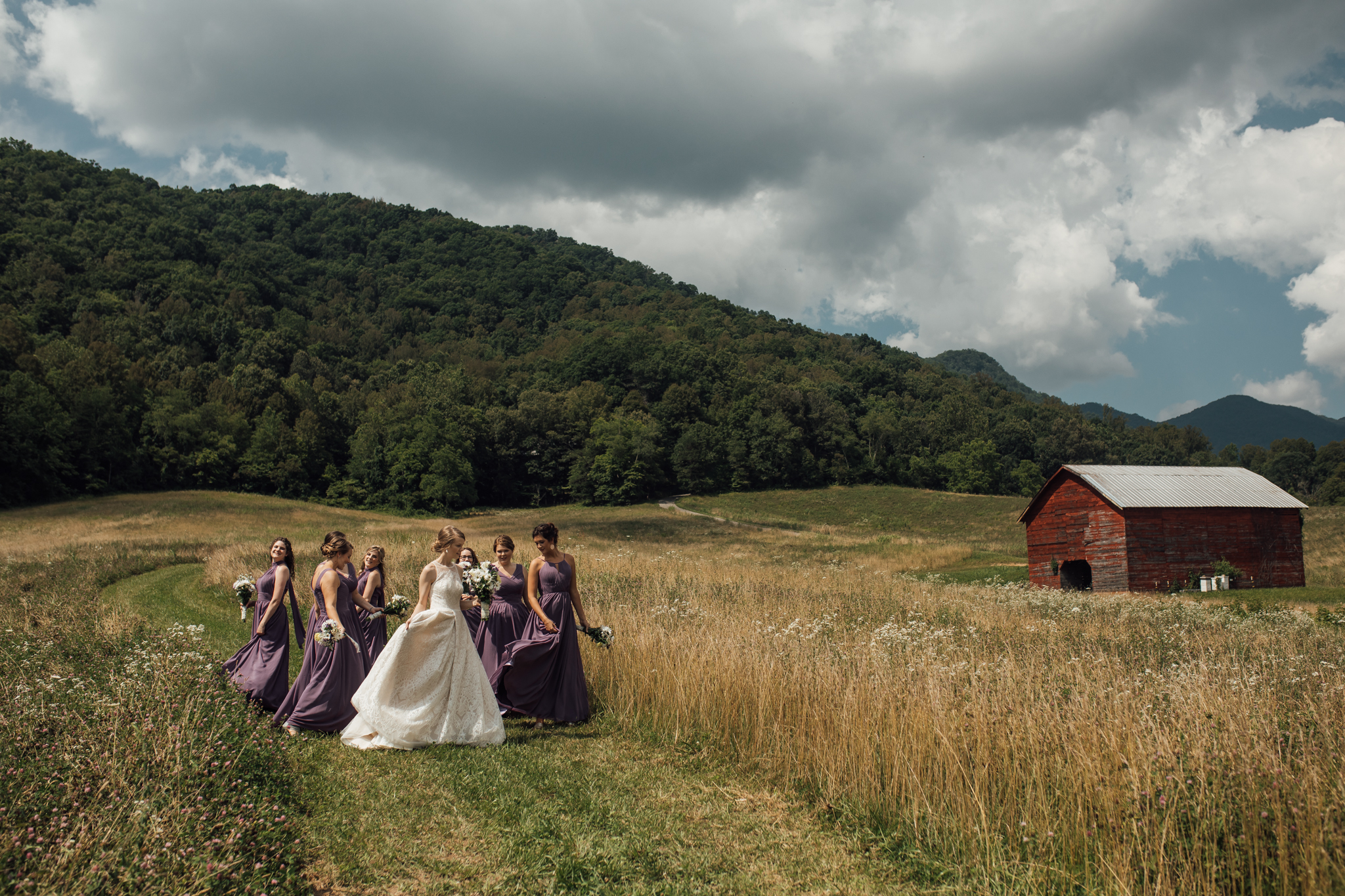 ashville-wedding-photographers-thewarmtharoundyou--backyard-asheville-wedding-mountain-wedding (88 of 244).jpg