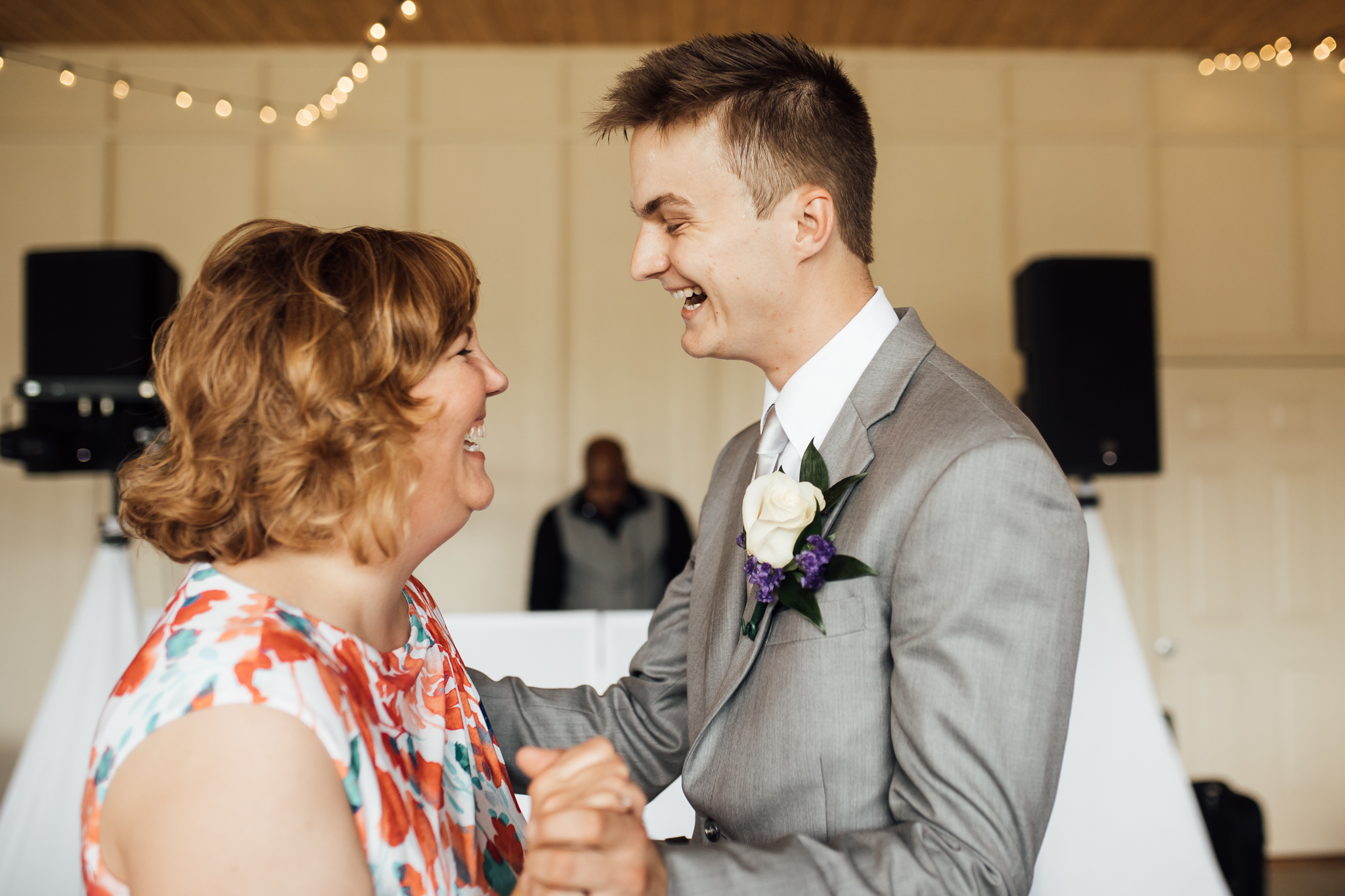 ashville-wedding-photographers-thewarmtharoundyou--backyard-asheville-wedding-mountain-wedding (112 of 244).jpg
