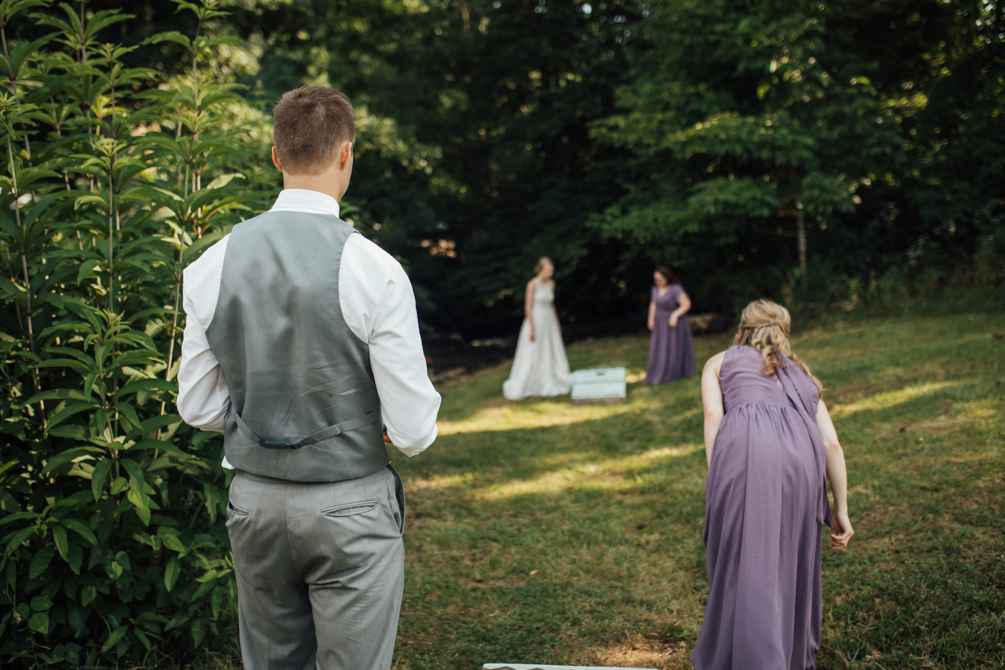 ashville-wedding-photographers-thewarmtharoundyou--backyard-asheville-wedding-mountain-wedding (156 of 244).jpg