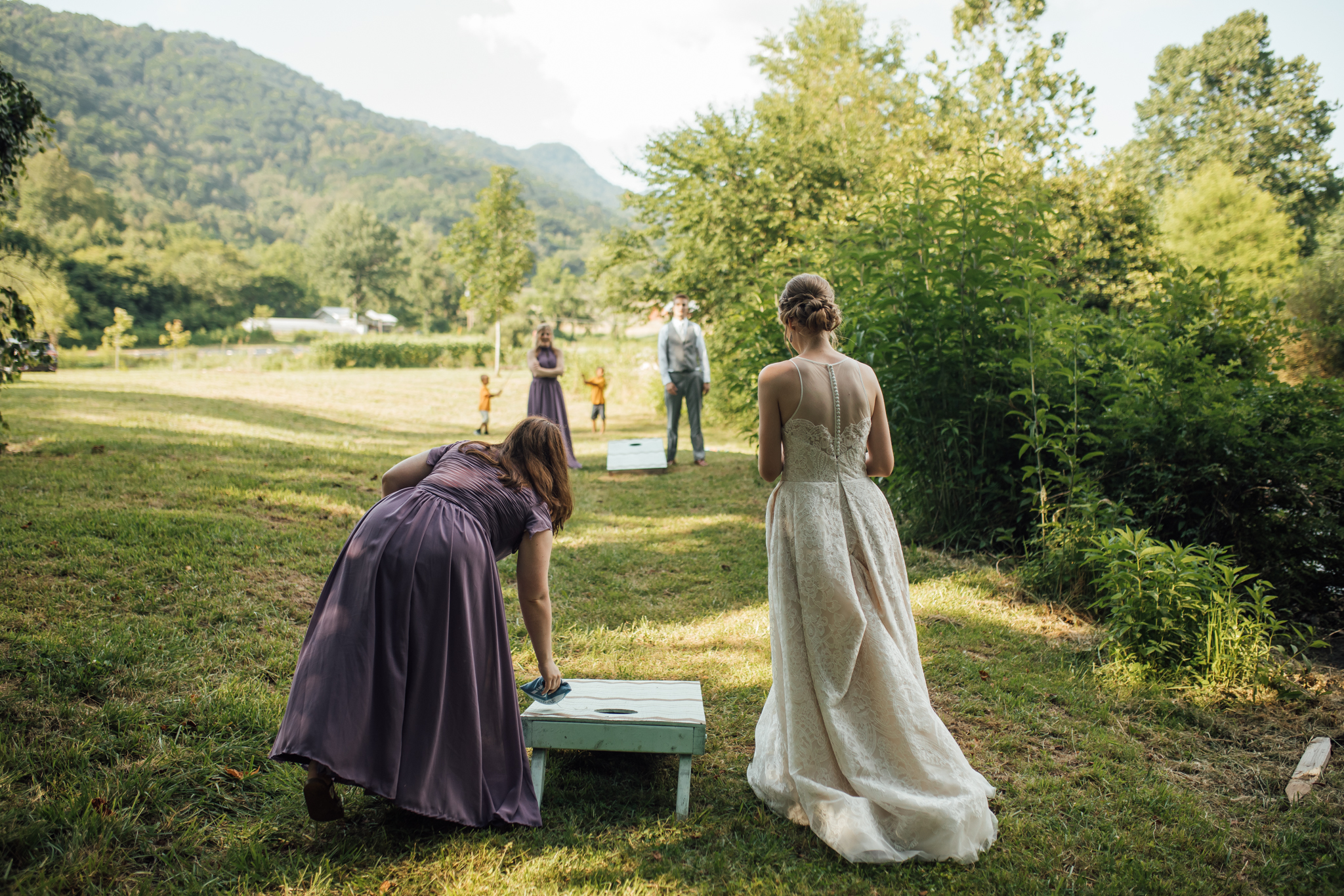 ashville-wedding-photographers-thewarmtharoundyou--backyard-asheville-wedding-mountain-wedding (158 of 244).jpg