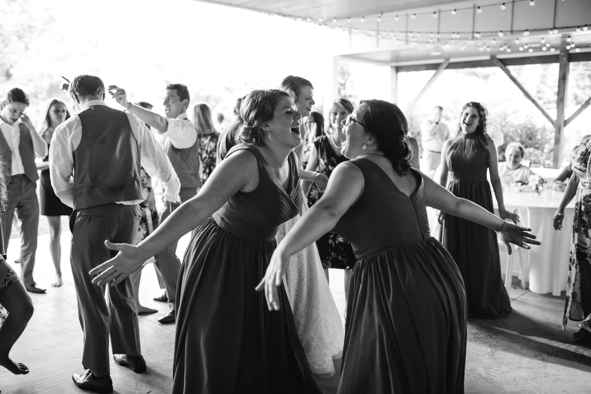 ashville-wedding-photographers-thewarmtharoundyou--backyard-asheville-wedding-mountain-wedding (181 of 244).jpg