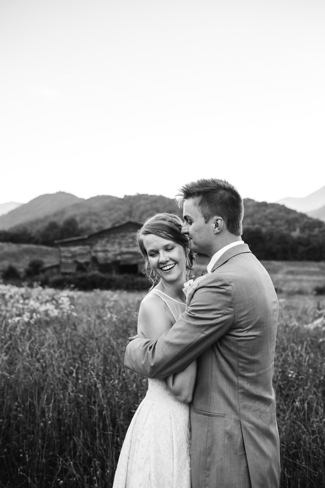 ashville-wedding-photographers-thewarmtharoundyou--backyard-asheville-wedding-mountain-wedding (207 of 244).jpg
