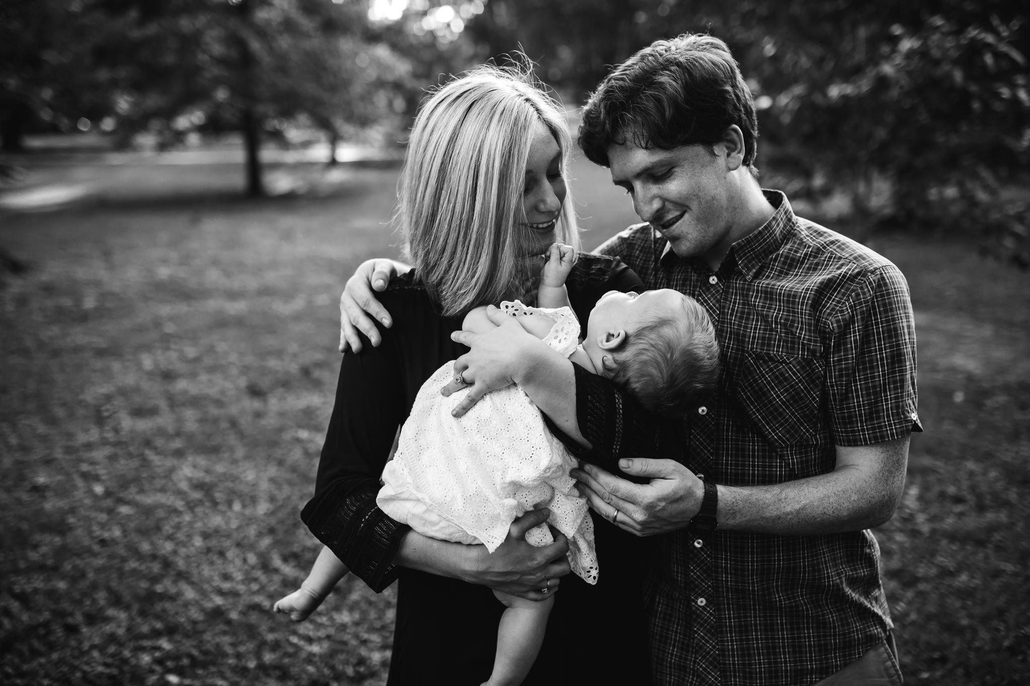 memphis-family-photographer-thewarmtharoundyou-overton-park (7 of 20).jpg