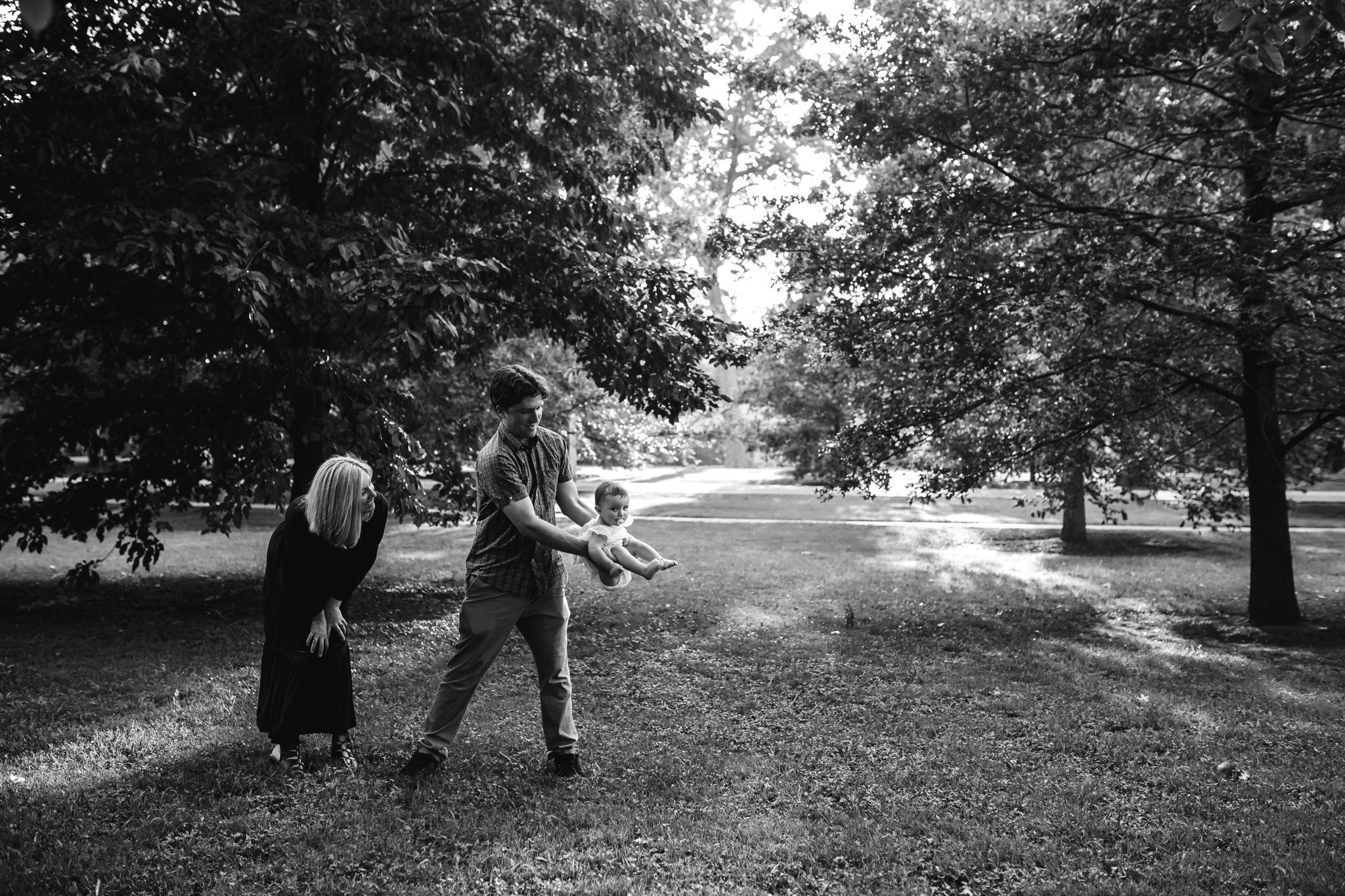 memphis-family-photographer-thewarmtharoundyou-overton-park (17 of 20).jpg