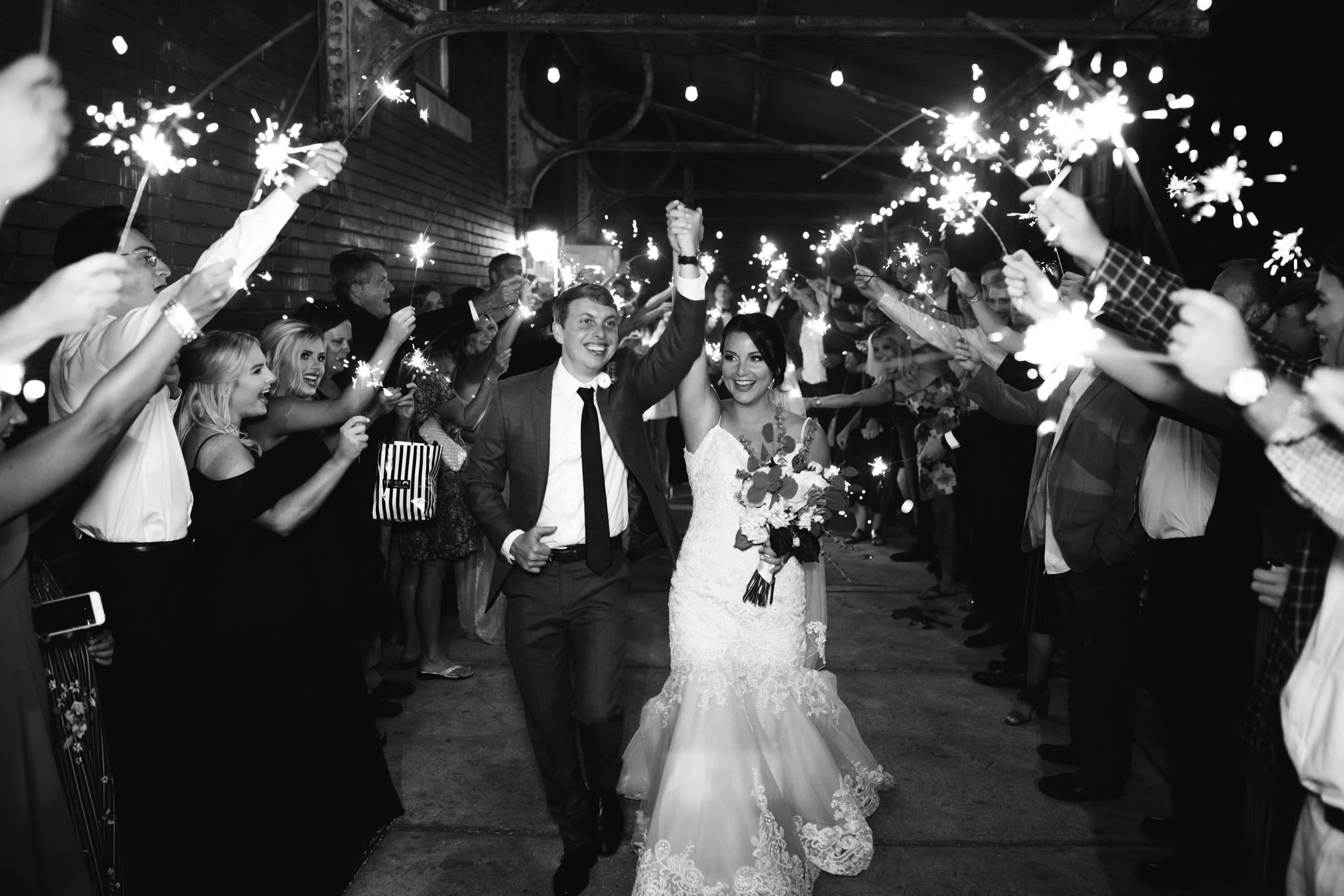 409smain-downtown-memphis-wedding-venue-thewarmtharoundyou (243 of 243).jpg
