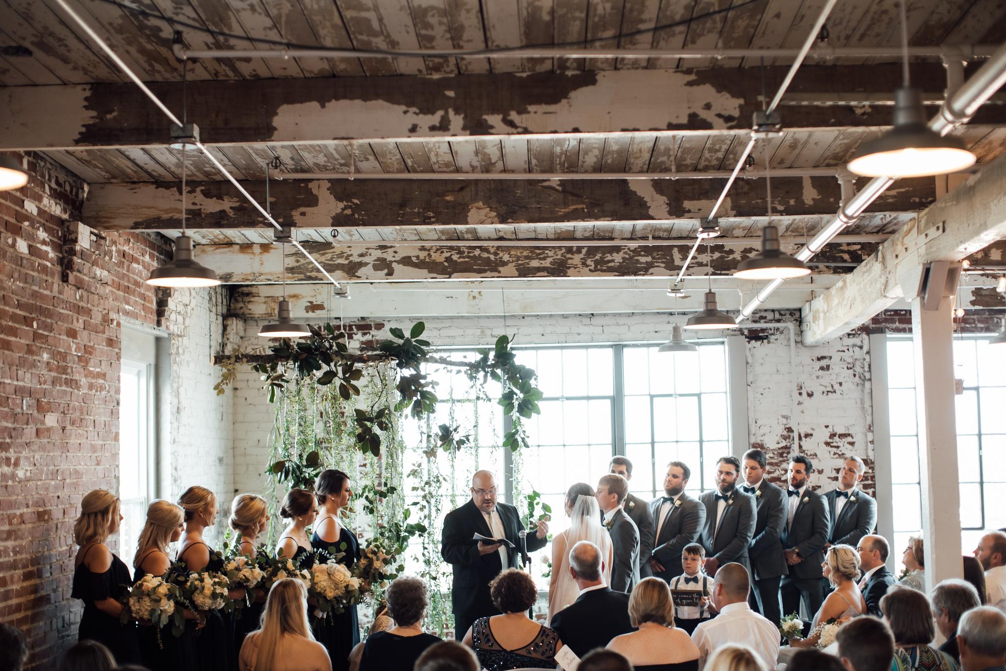 409smain-downtown-memphis-wedding-venue-thewarmtharoundyou (91 of 243).jpg