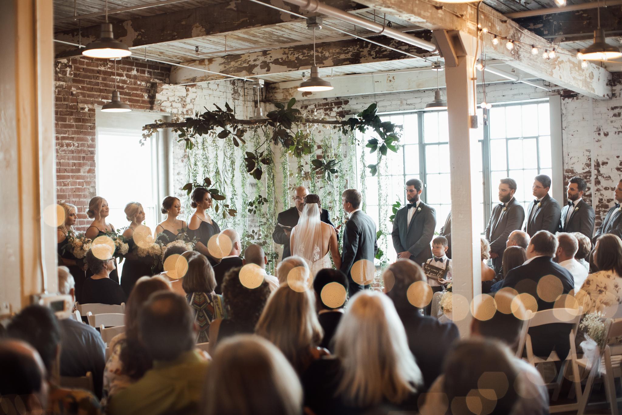 409smain-downtown-memphis-wedding-venue-thewarmtharoundyou (95 of 243).jpg