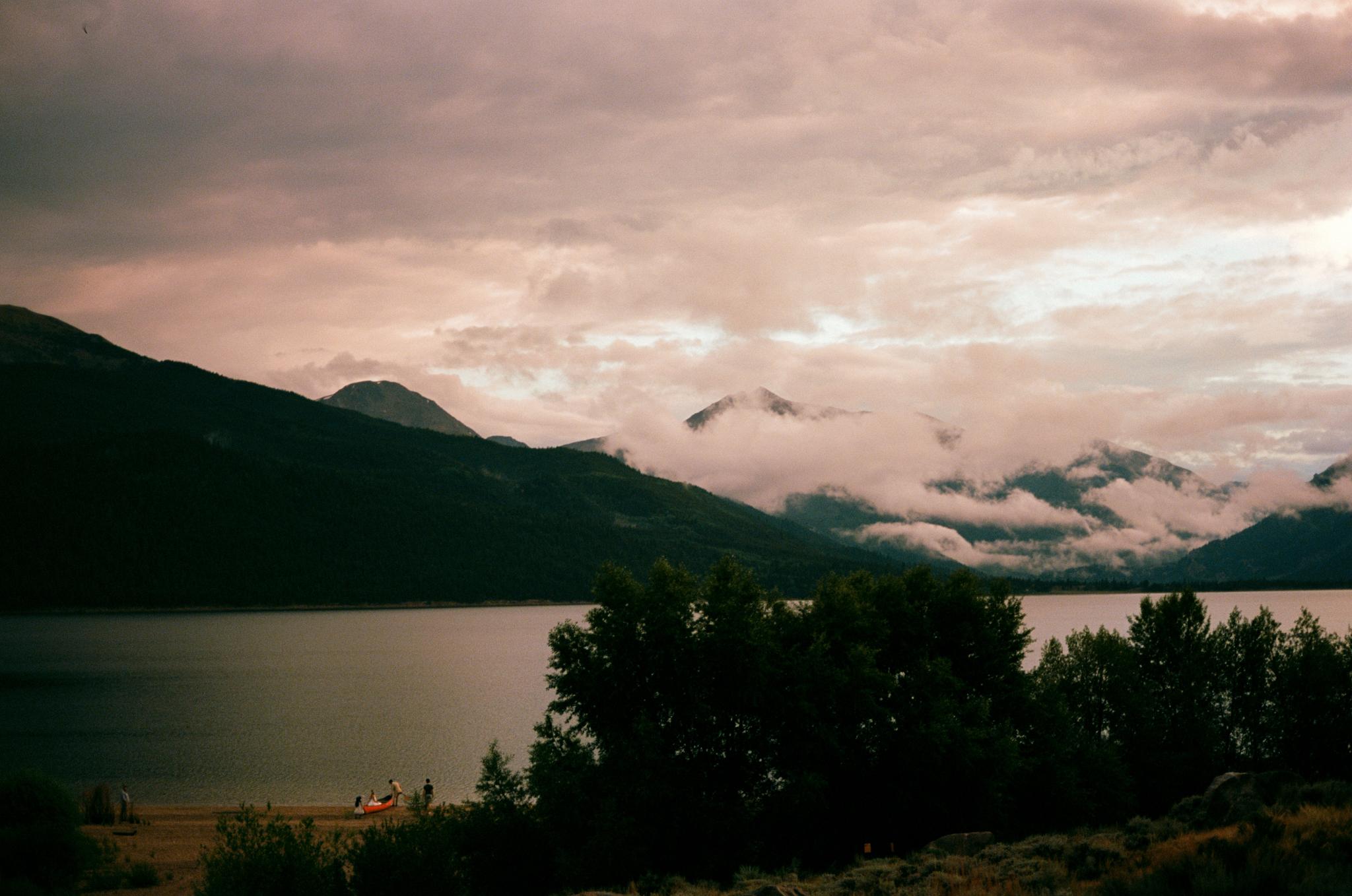 twin-lakes-colorado-wedding-photographer-aspen-thewarmtharoundyou (39 of 43).jpg