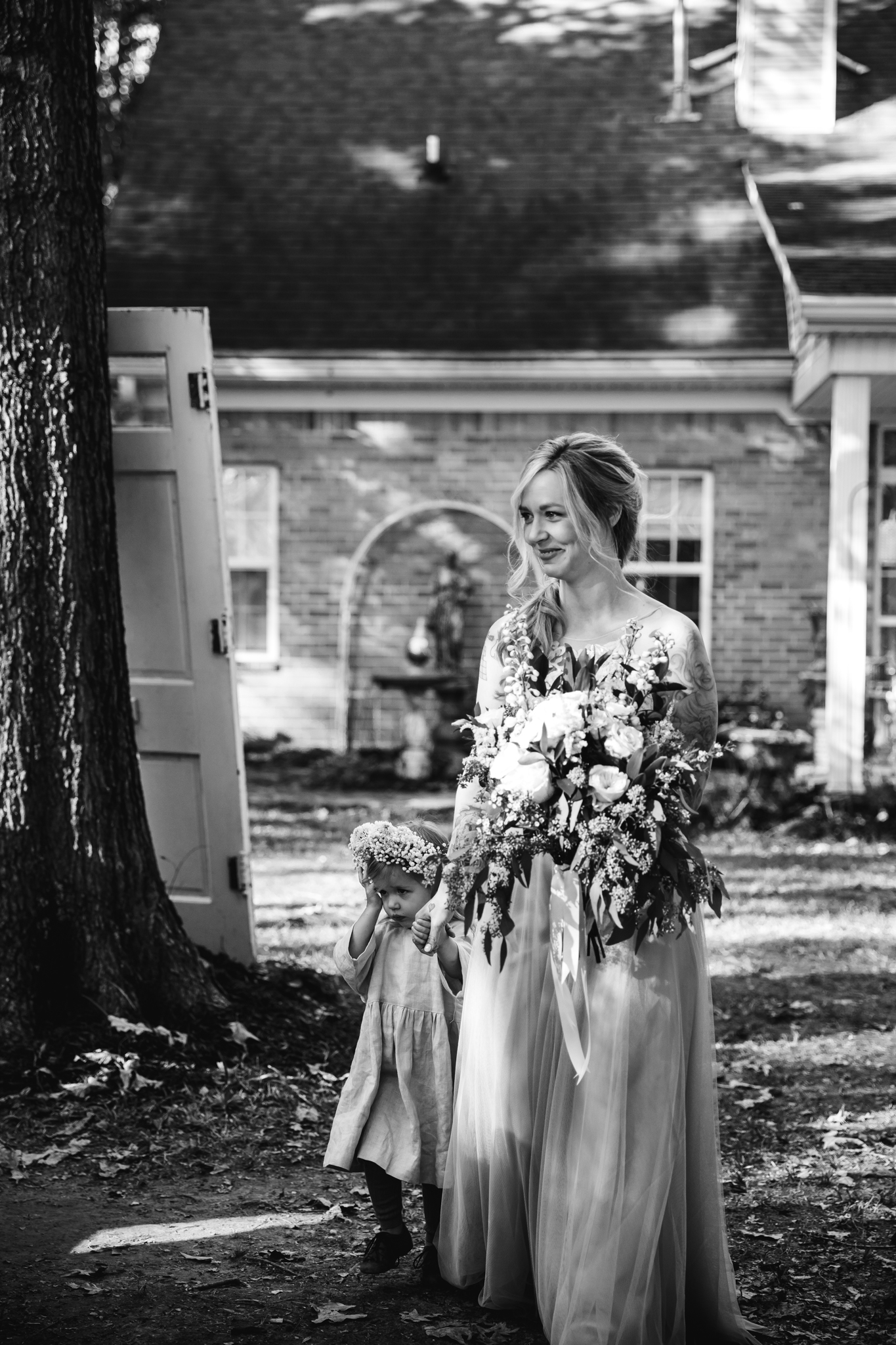 fall-backyard-wedding-memphis-wedding-photographers-thewarmtharoundyou (47 of 181).jpg