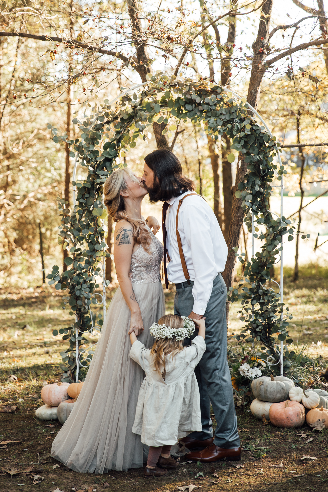 fall-backyard-wedding-memphis-wedding-photographers-thewarmtharoundyou (76 of 181).jpg