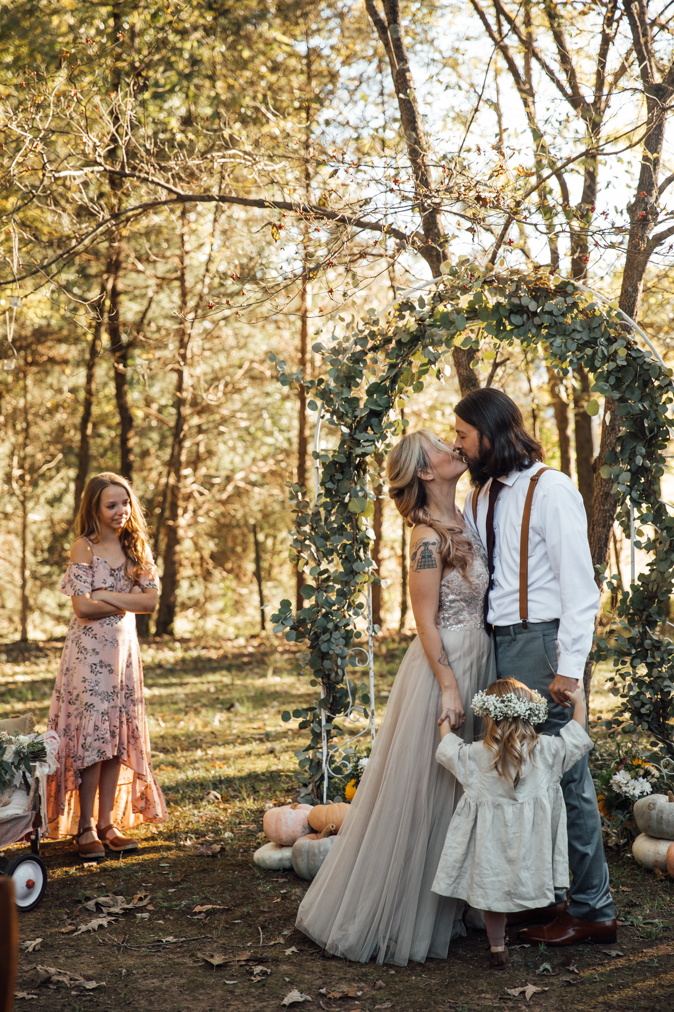 fall-backyard-wedding-memphis-wedding-photographers-thewarmtharoundyou (78 of 181).jpg