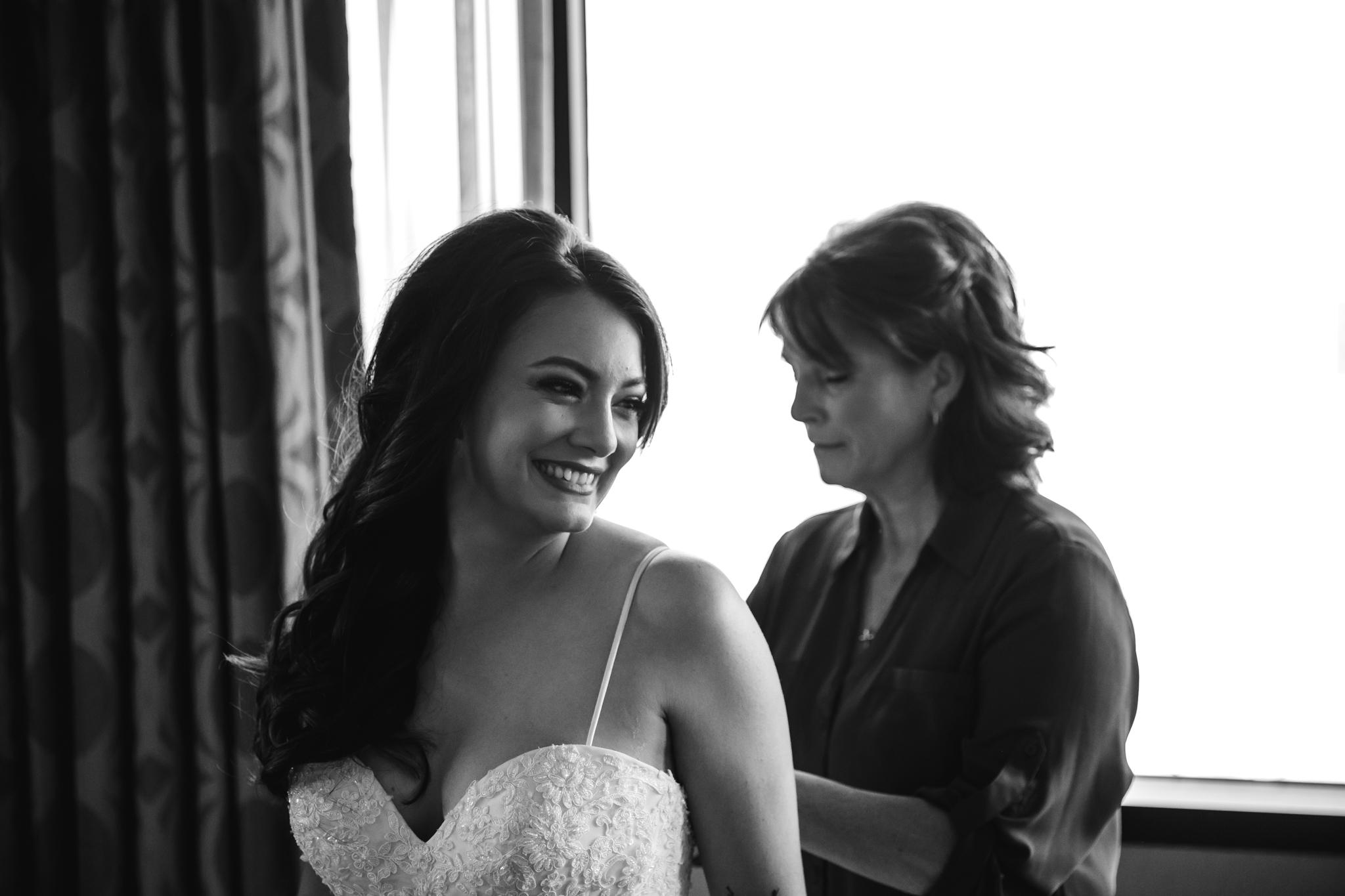 memphis-wedding-photographers-thewarmtharoundyou-ballinese-ballroom (28 of 232).jpg