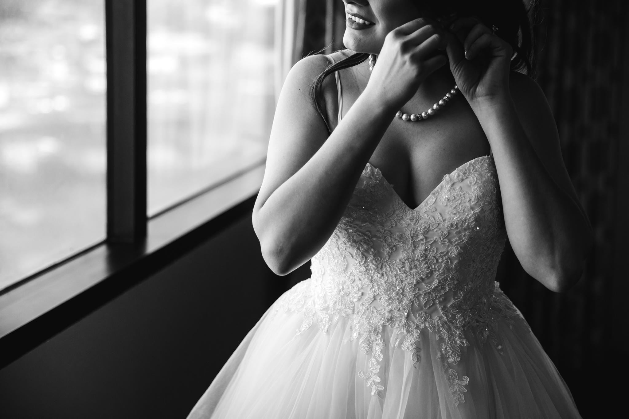 memphis-wedding-photographers-thewarmtharoundyou-ballinese-ballroom (47 of 232).jpg
