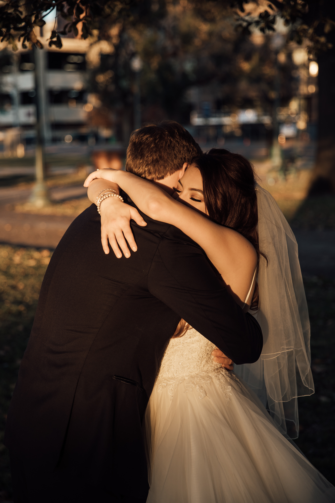 memphis-wedding-photographers-thewarmtharoundyou-ballinese-ballroom (70 of 232).jpg
