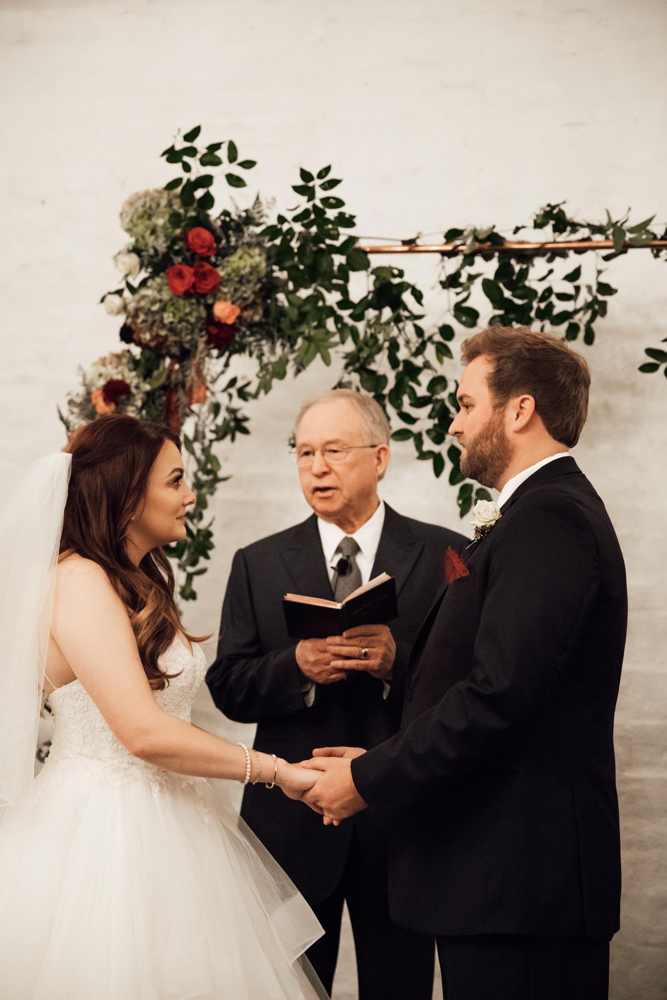 memphis-wedding-photographers-thewarmtharoundyou-ballinese-ballroom (146 of 232).jpg