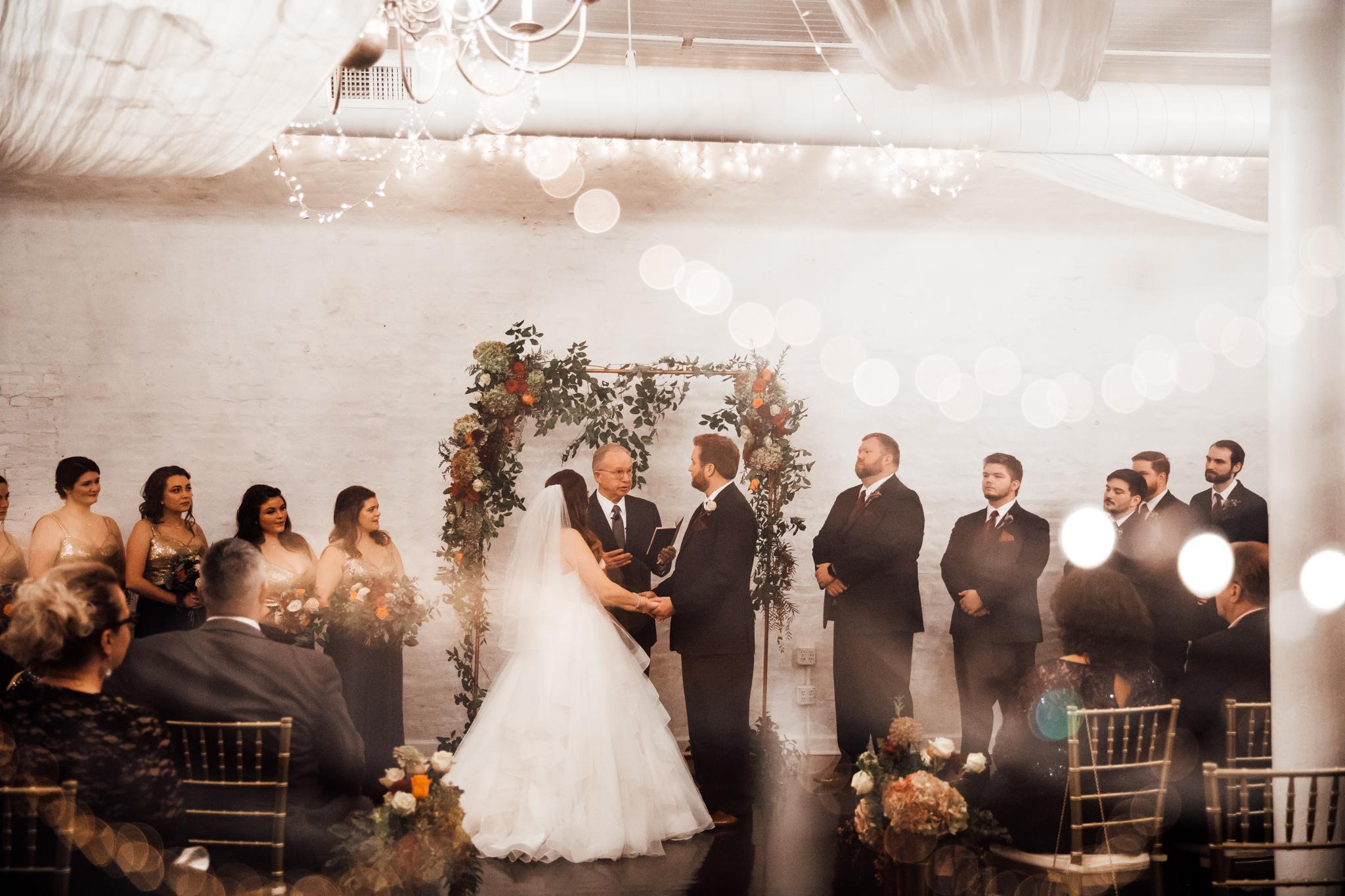 memphis-wedding-photographers-thewarmtharoundyou-ballinese-ballroom (148 of 232).jpg