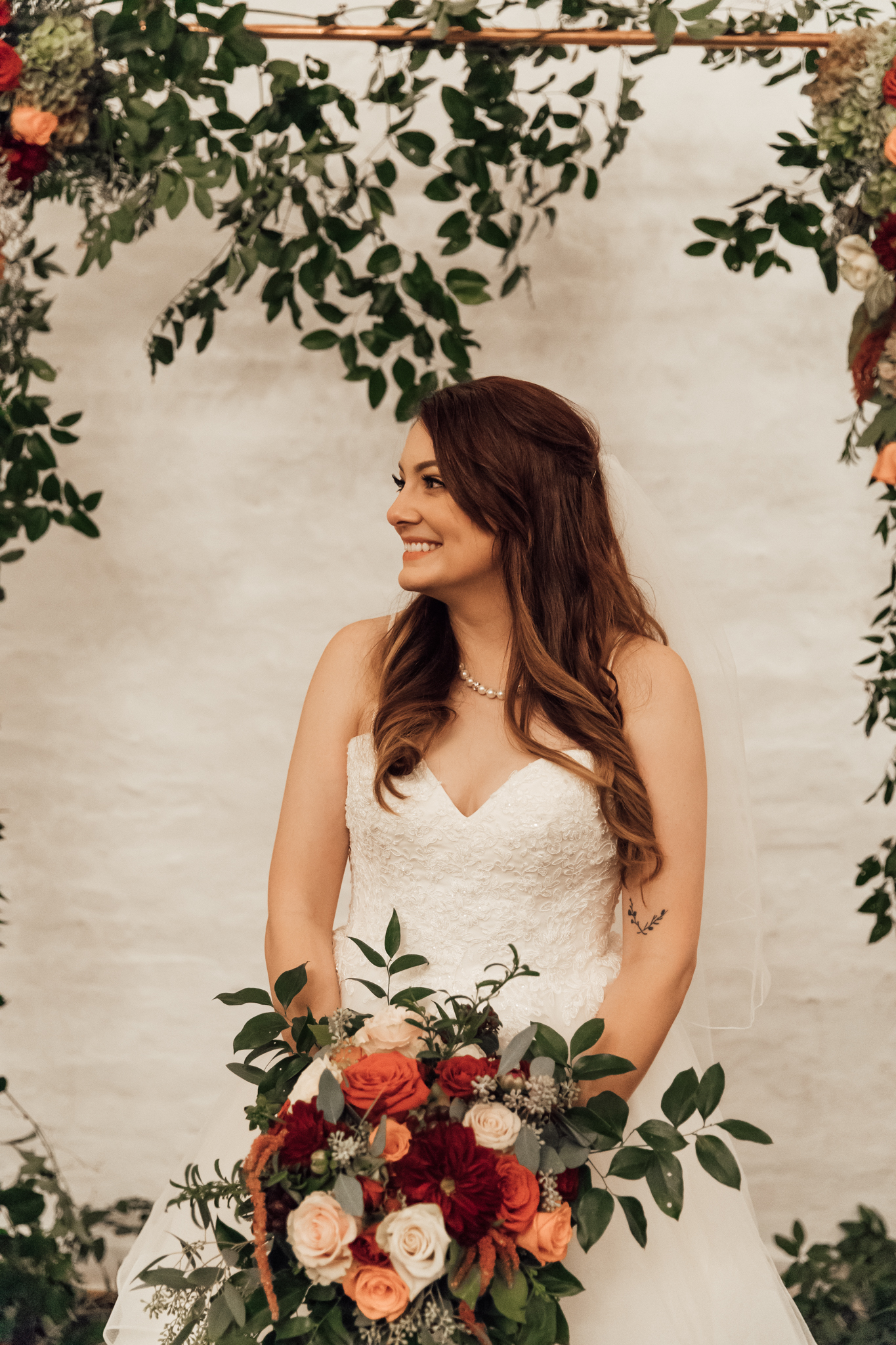memphis-wedding-photographers-thewarmtharoundyou-ballinese-ballroom (181 of 232).jpg
