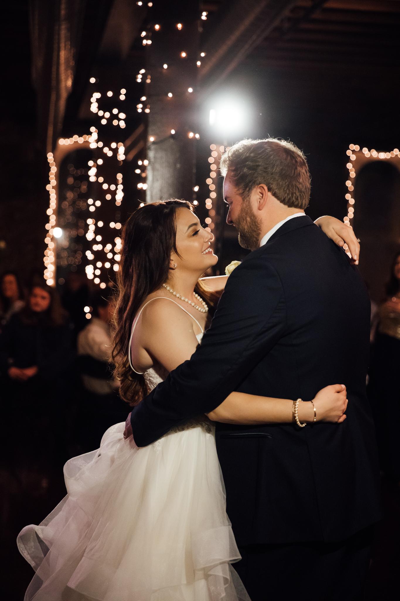 memphis-wedding-photographers-thewarmtharoundyou-ballinese-ballroom (201 of 232).jpg