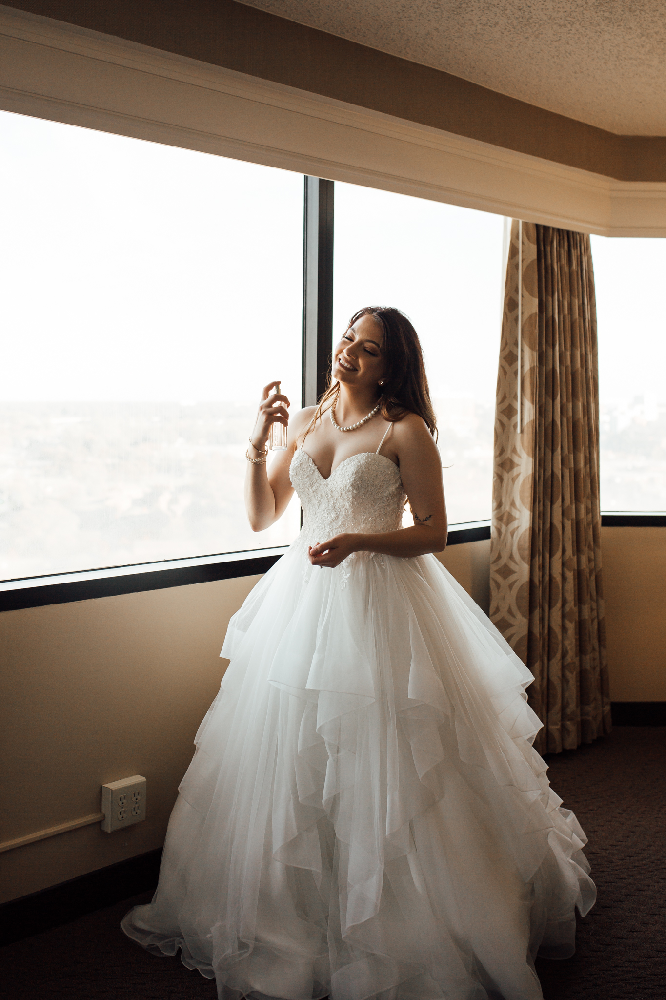 memphis-wedding-photographers-thewarmtharoundyou-ballinese-ballroom (14 of 65).jpg