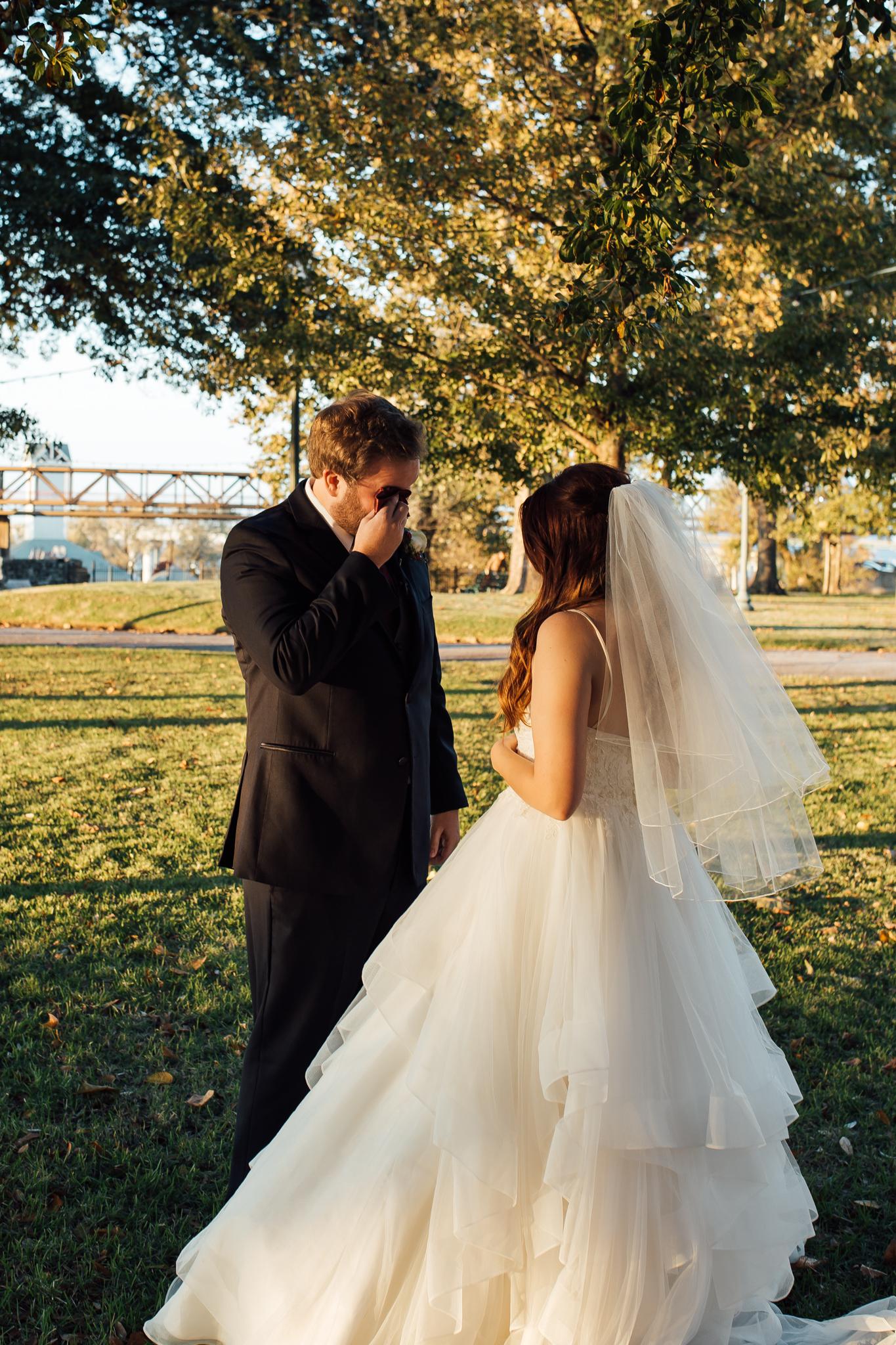 memphis-wedding-photographers-thewarmtharoundyou-ballinese-ballroom (18 of 65).jpg