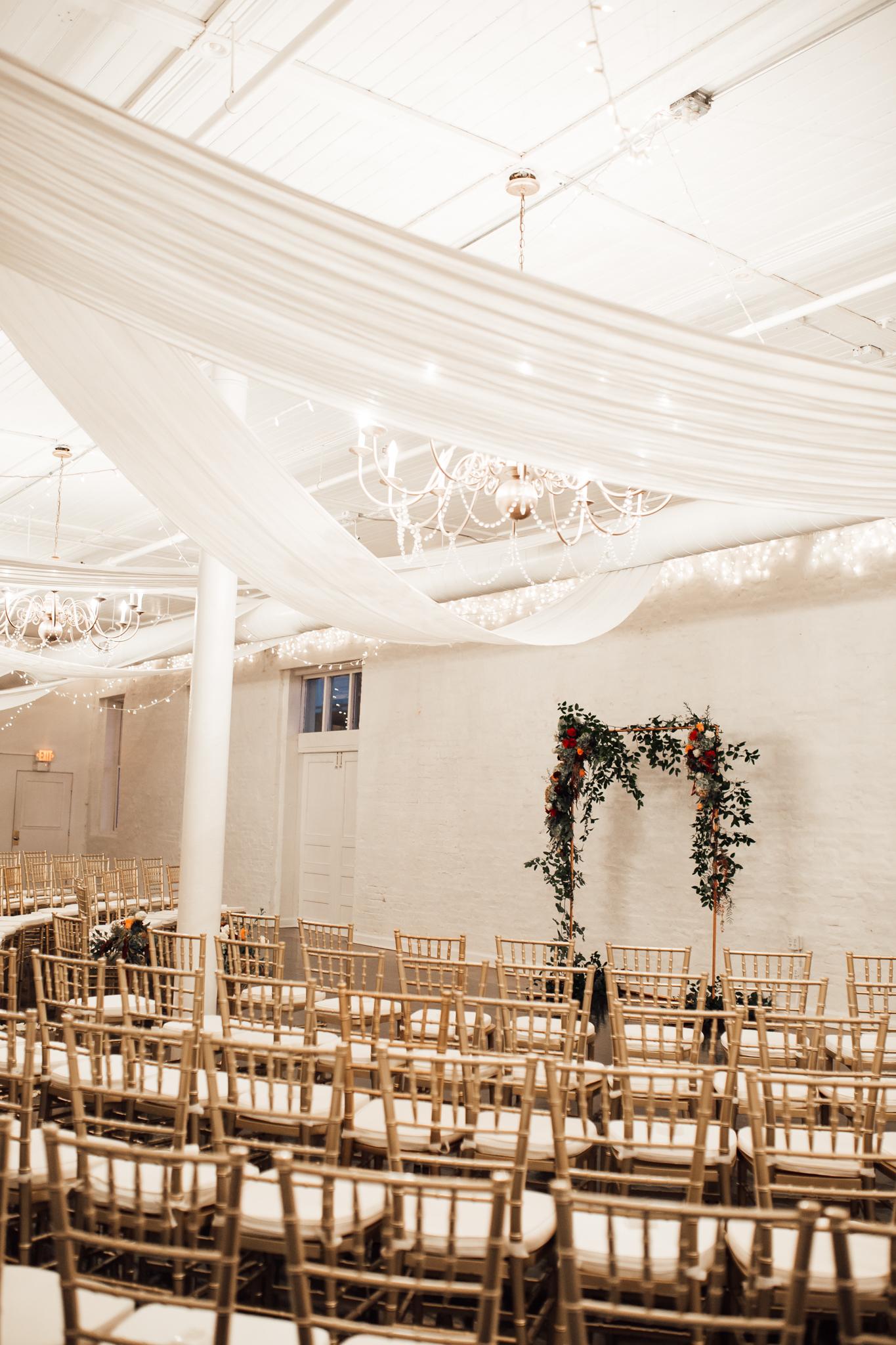 memphis-wedding-photographers-thewarmtharoundyou-ballinese-ballroom (28 of 65).jpg