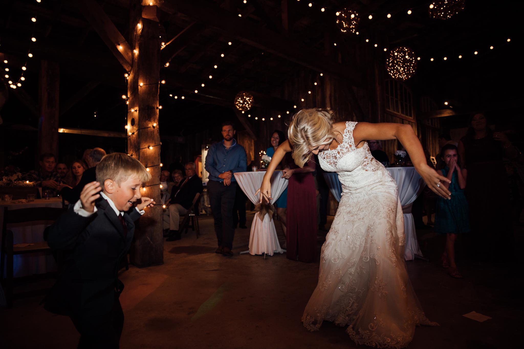 mallards-croft-weddings-thewarmtharoundyou-memphis-wedding-photographers (218 of 20).jpg